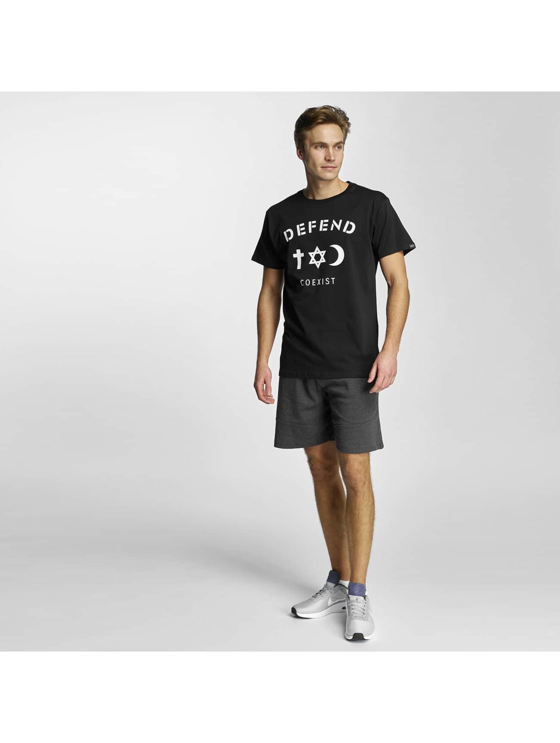 Defend Paris T-Shirt CO black