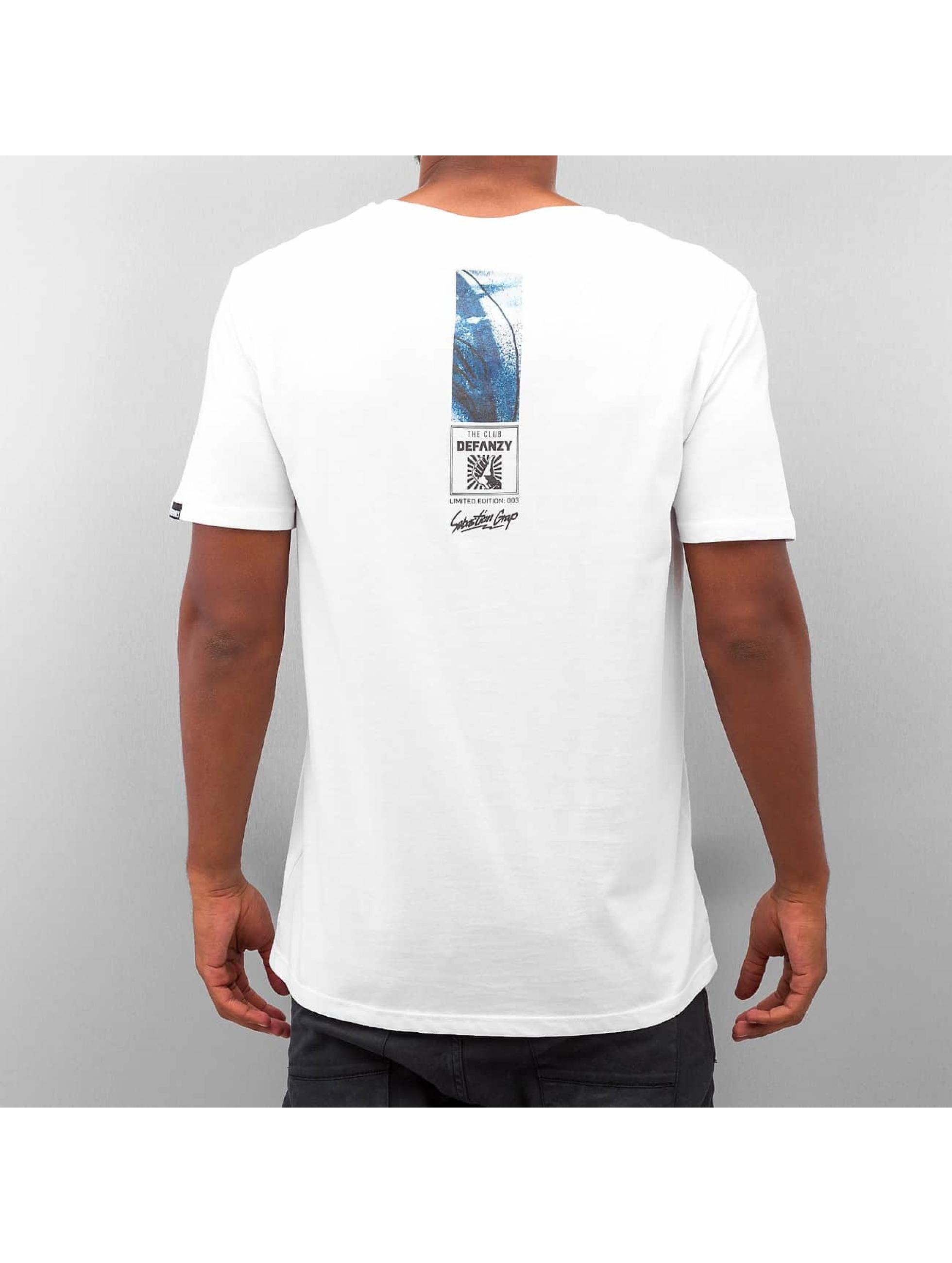 DefShop T-shirt Art Of Now Sebastian Grap vit