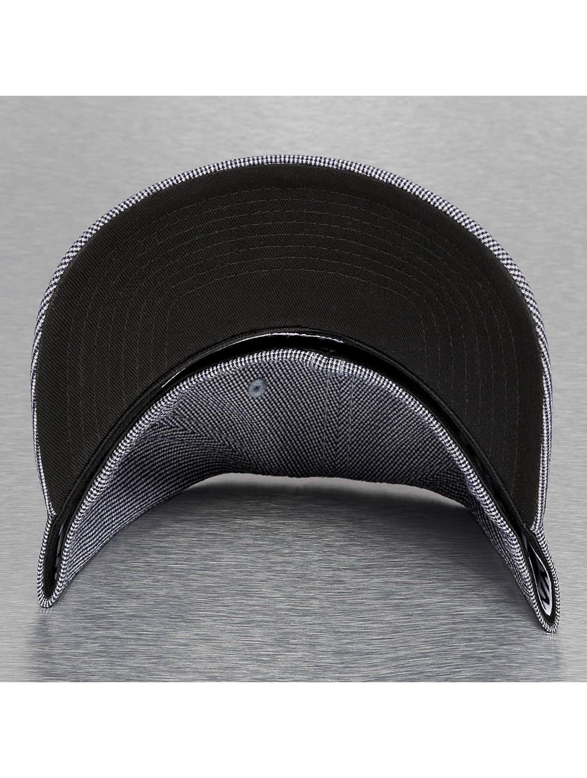 Djinns Flexfitted Cap Sucker Piquee zwart