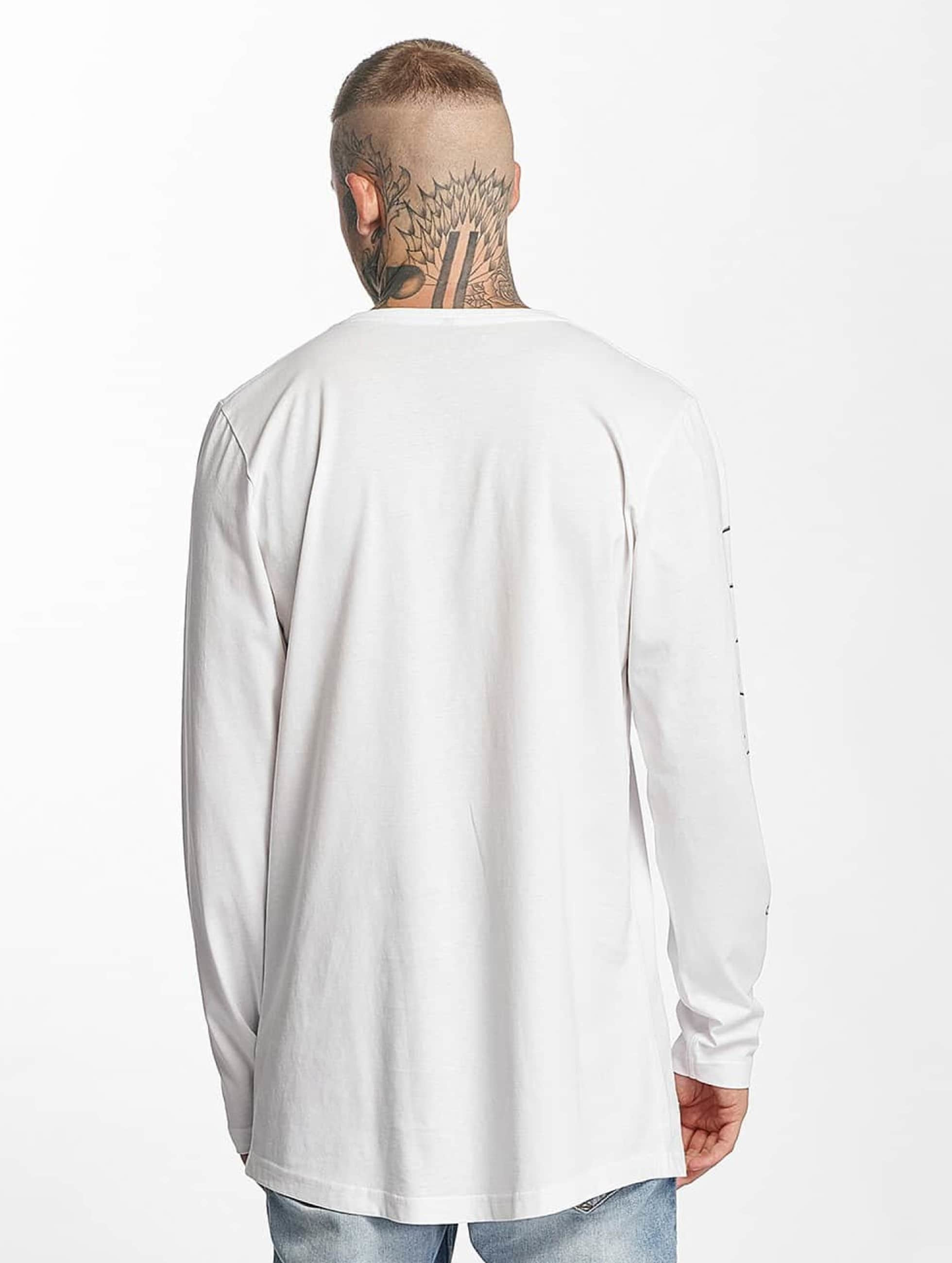 Famous Stars and Straps Longsleeve God Cant Save wit