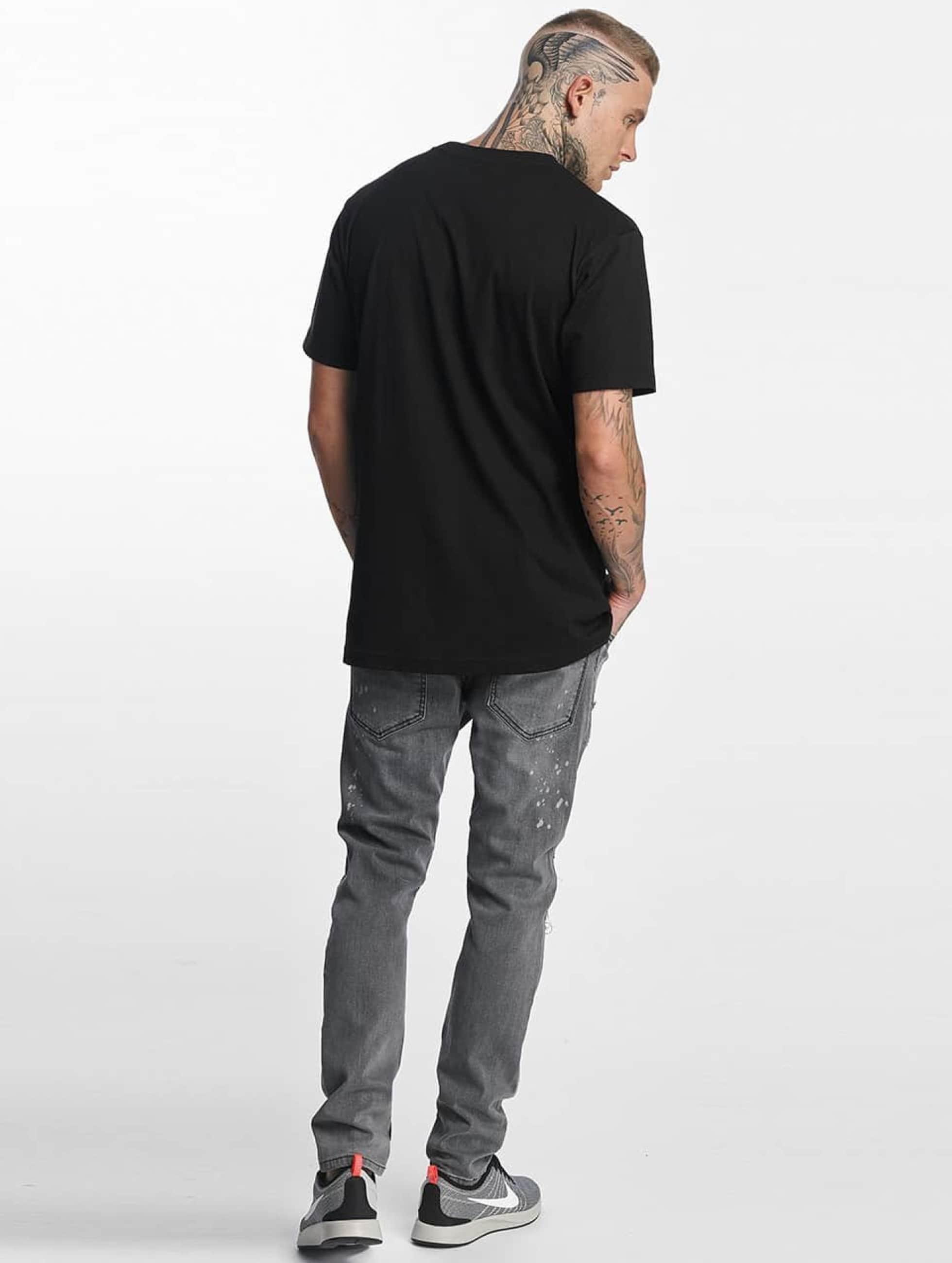 Famous Stars and Straps T-skjorter Zone svart