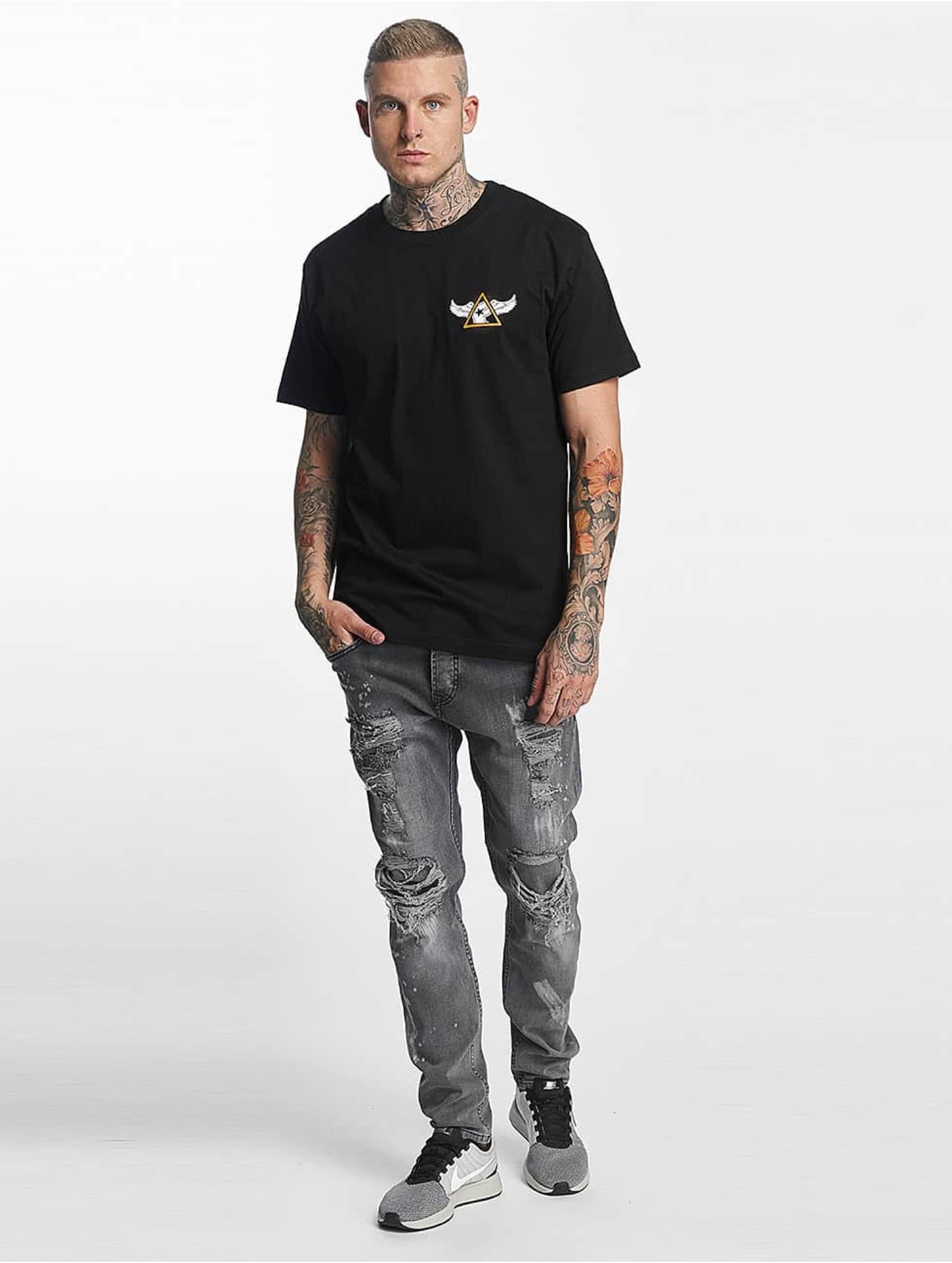 Famous Stars and Straps T-skjorter Pit Stop svart
