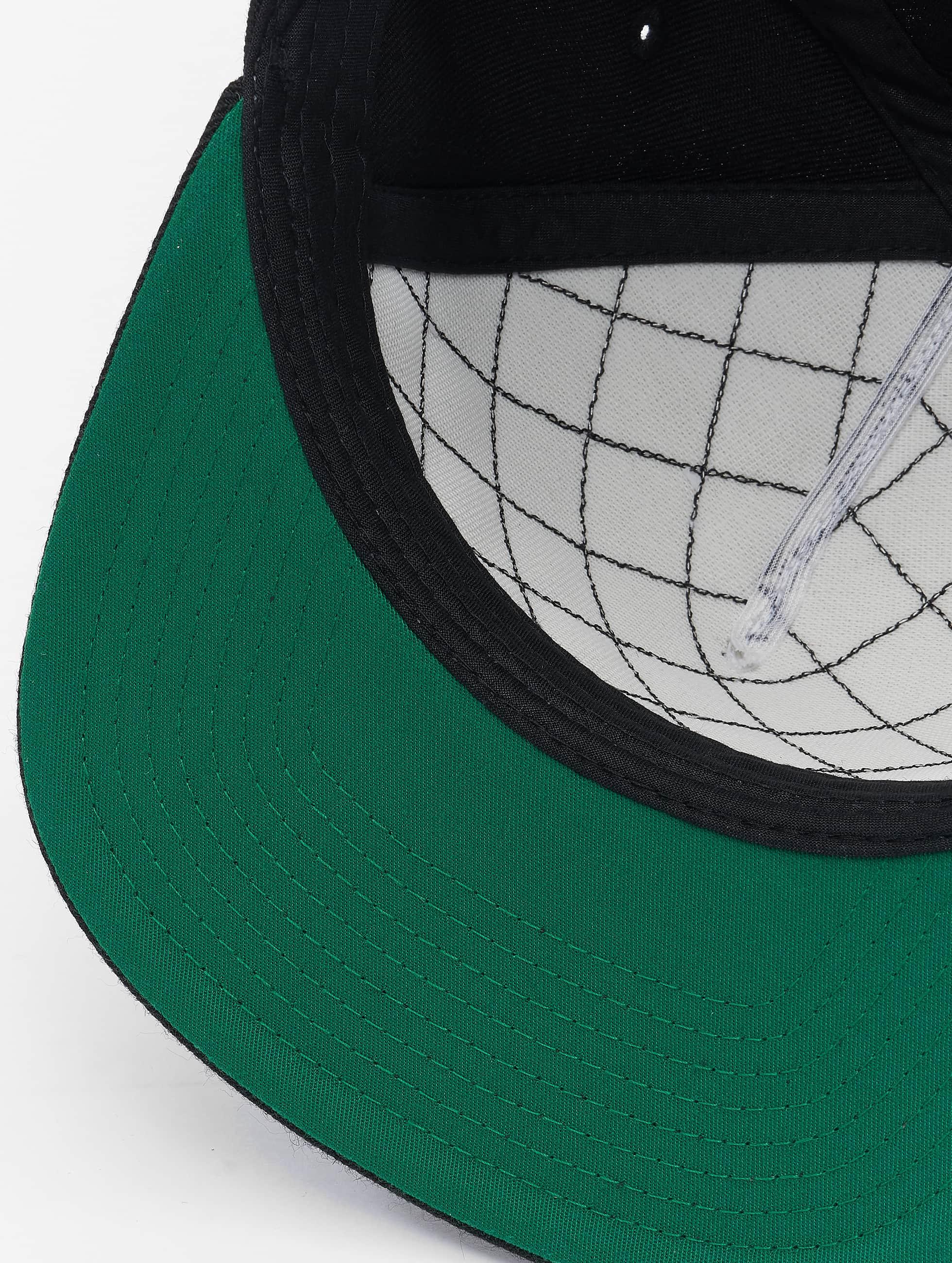 Flexfit Casquette Snapback & Strapback Diamond Quilted noir