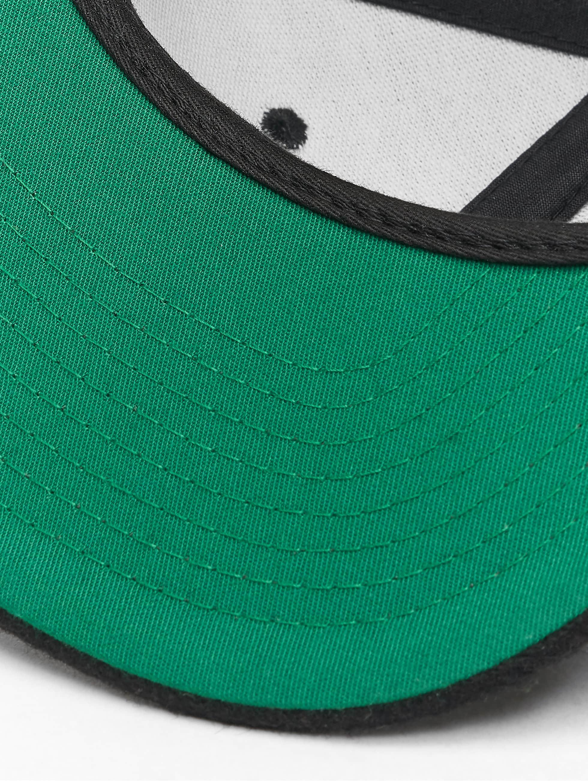 Flexfit Snapback Cap Melton Wool nero