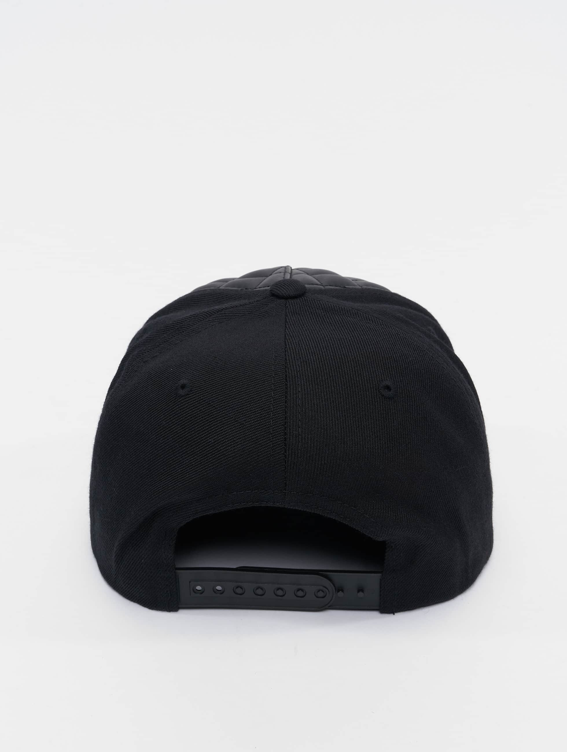 Flexfit snapback cap Diamond Quilted zwart
