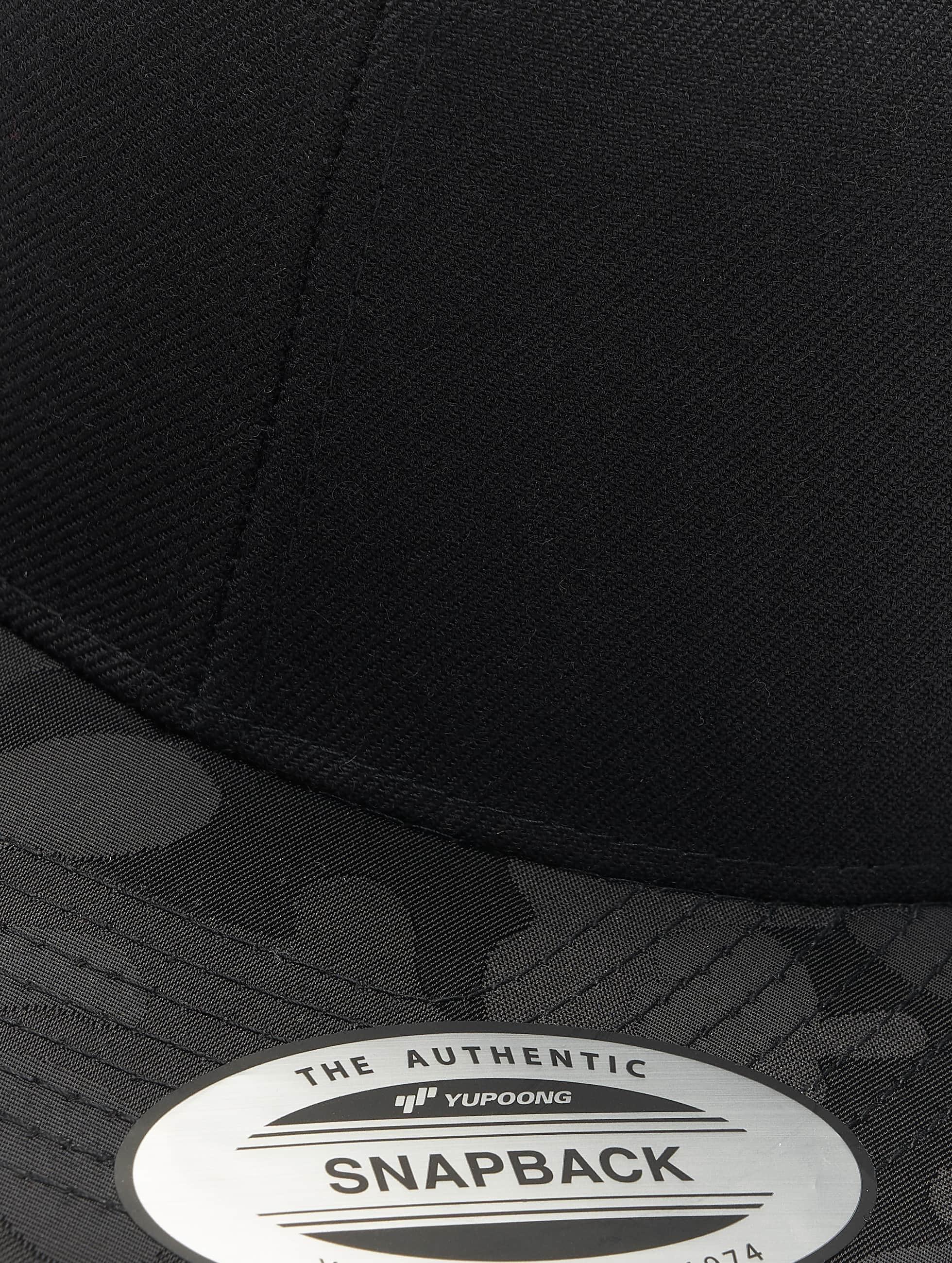 Flexfit Snapback Caps Camo Visor czarny