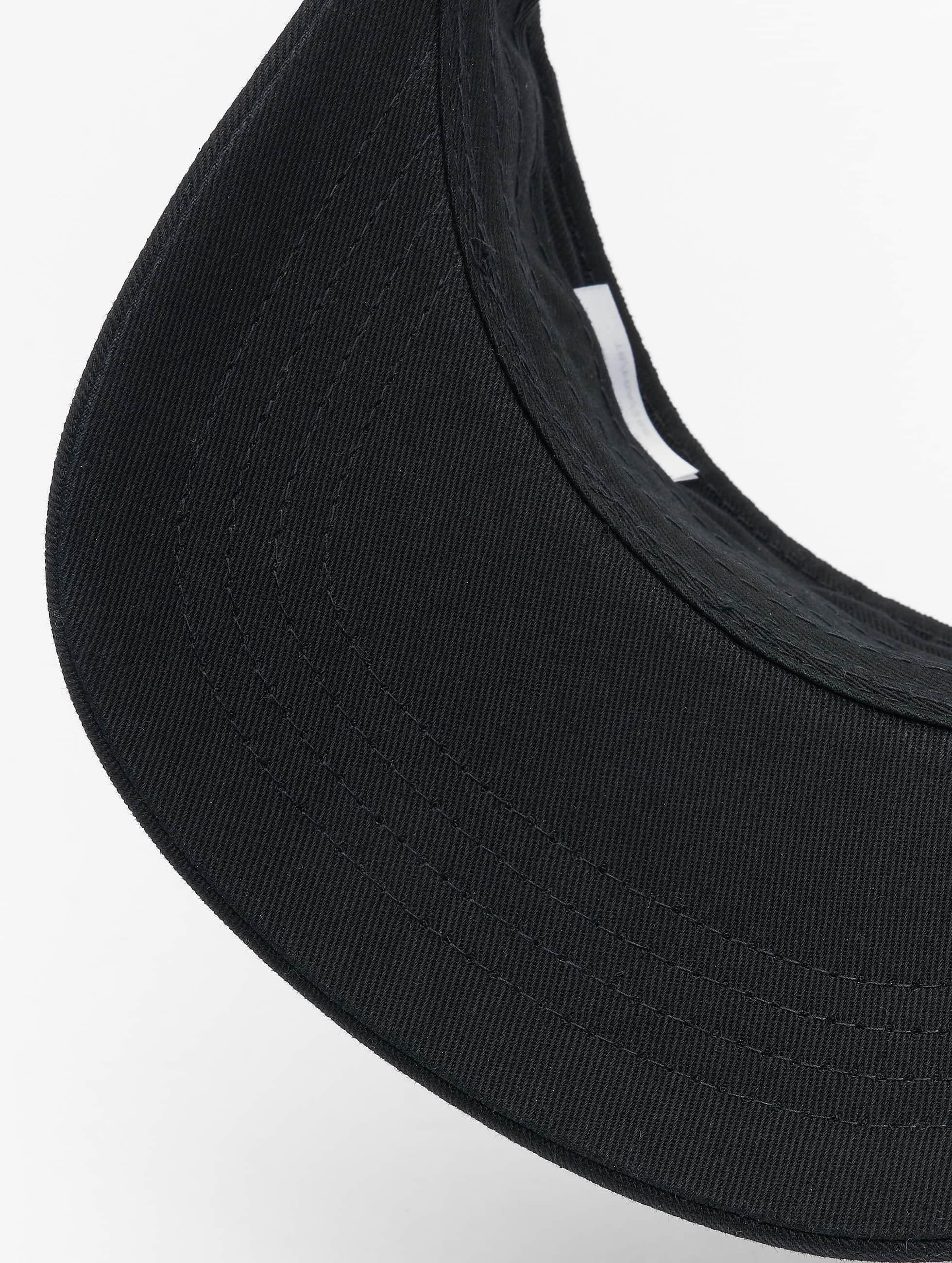 Flexfit Snapback Caps Curved Visor svart