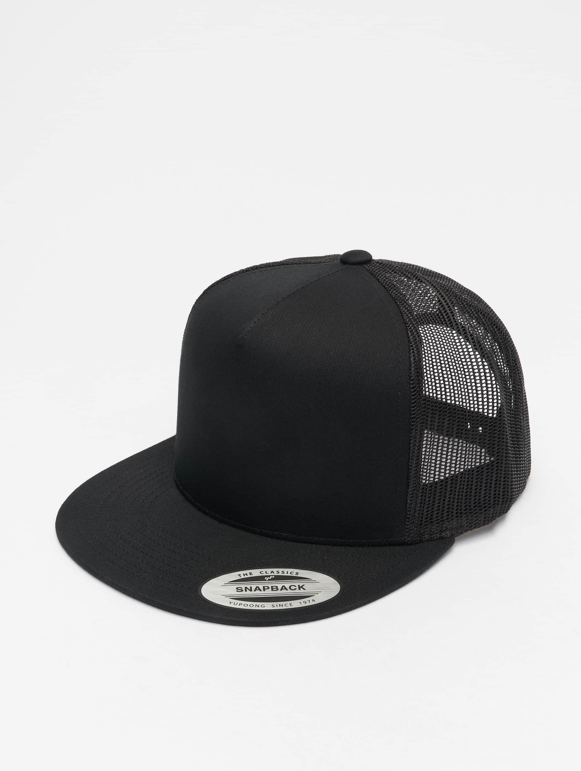 Flexfit Trucker Cap Classic schwarz