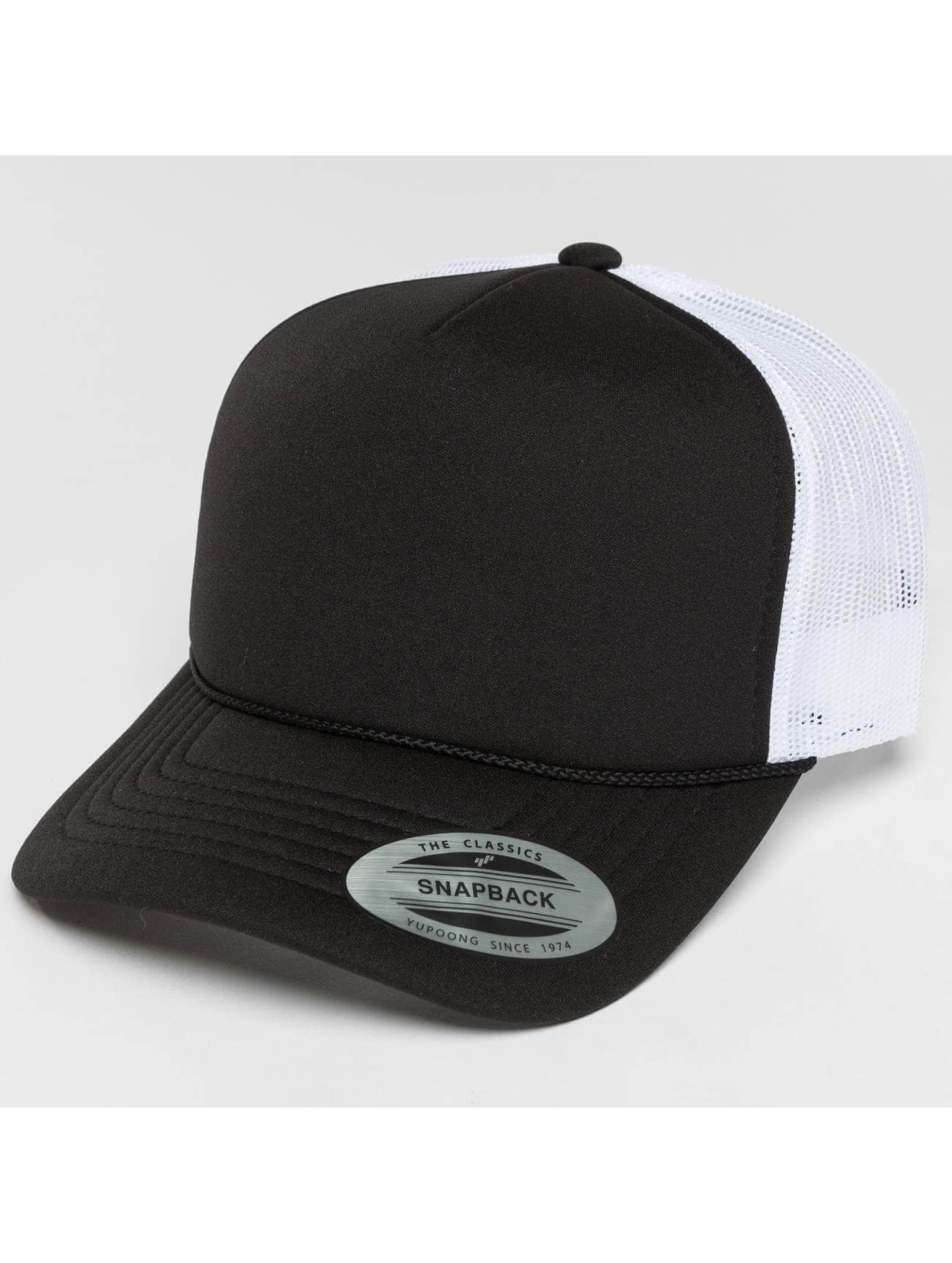 Flexfit Truckerkeps Curved Visor Foam svart