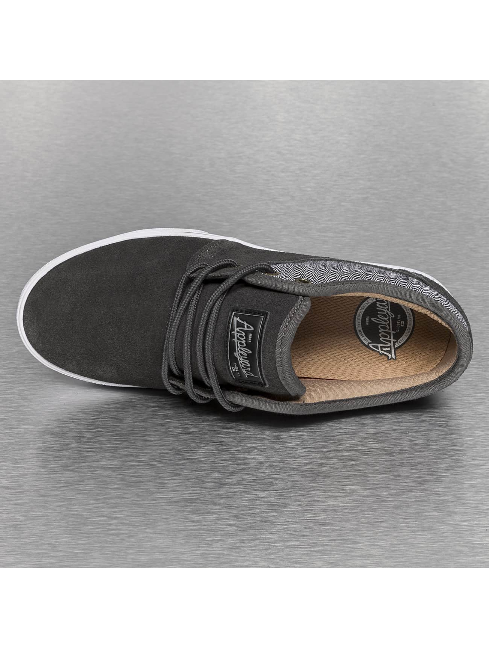 Globe Sneakers Mahalo šedá