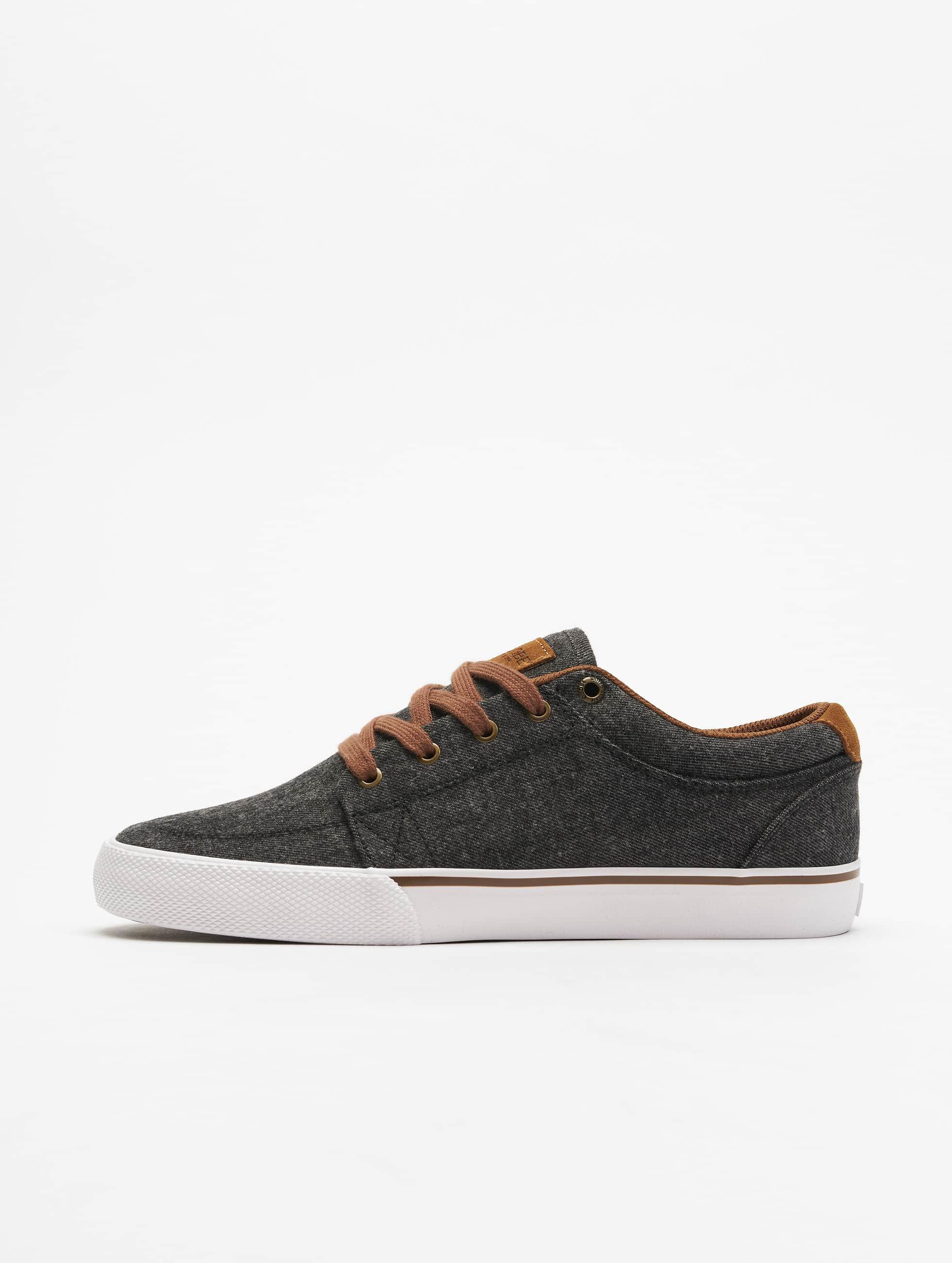 Globe Sneakers GS šedá