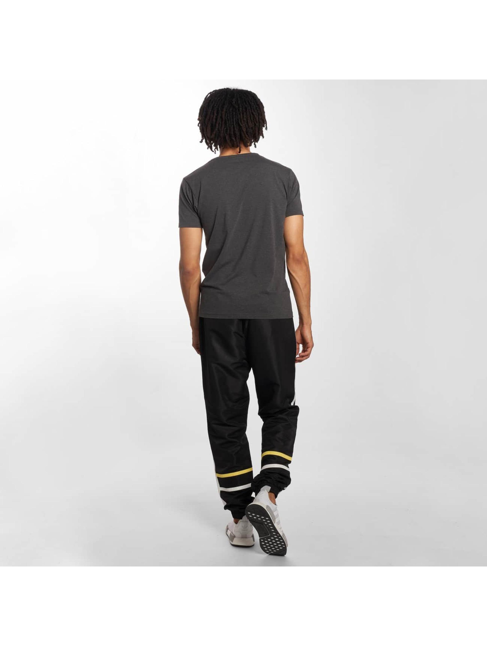 Grimey Wear Pantalón deportivo Mangusta V8 negro