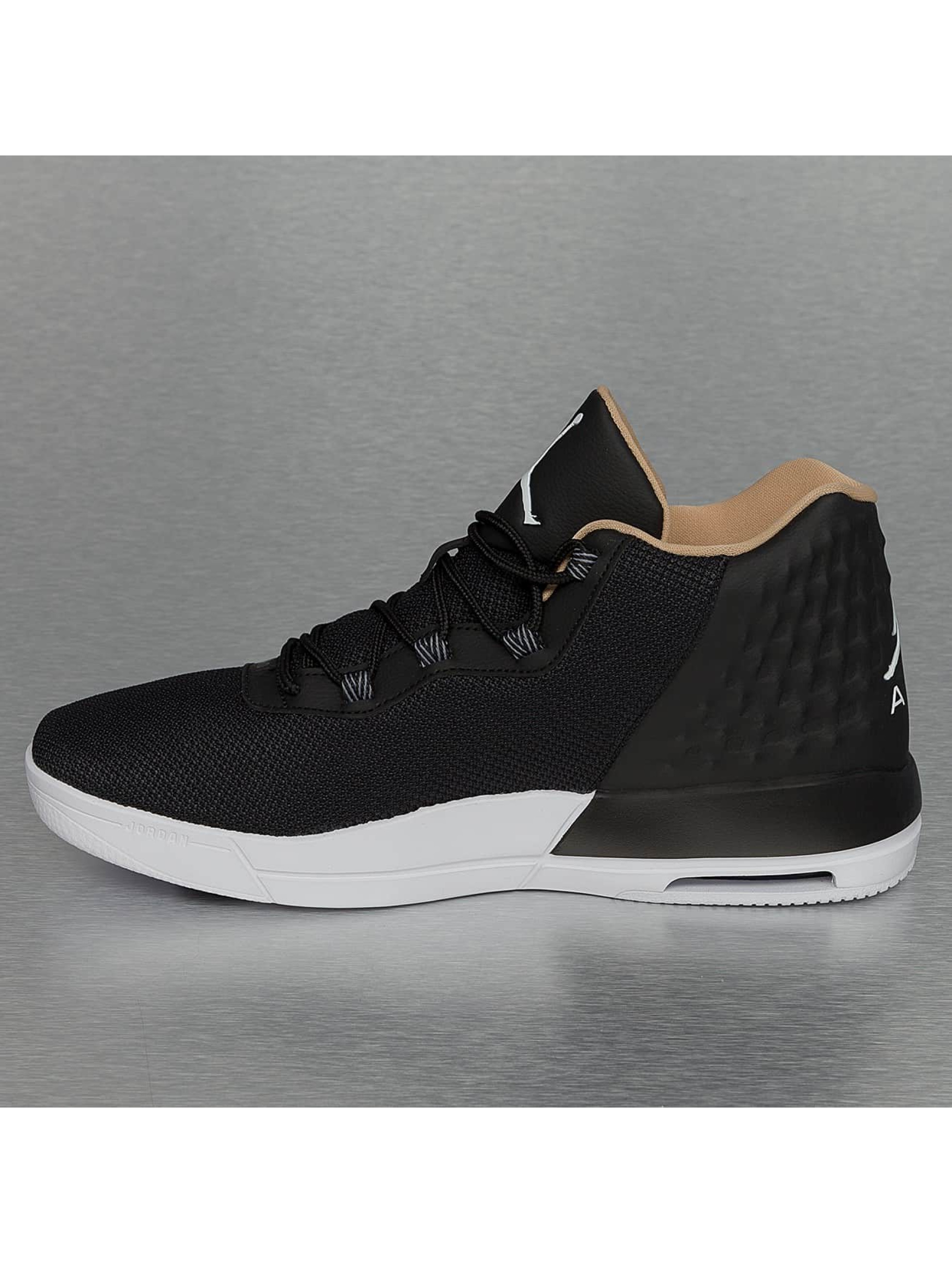 Jordan Baskets Academy noir
