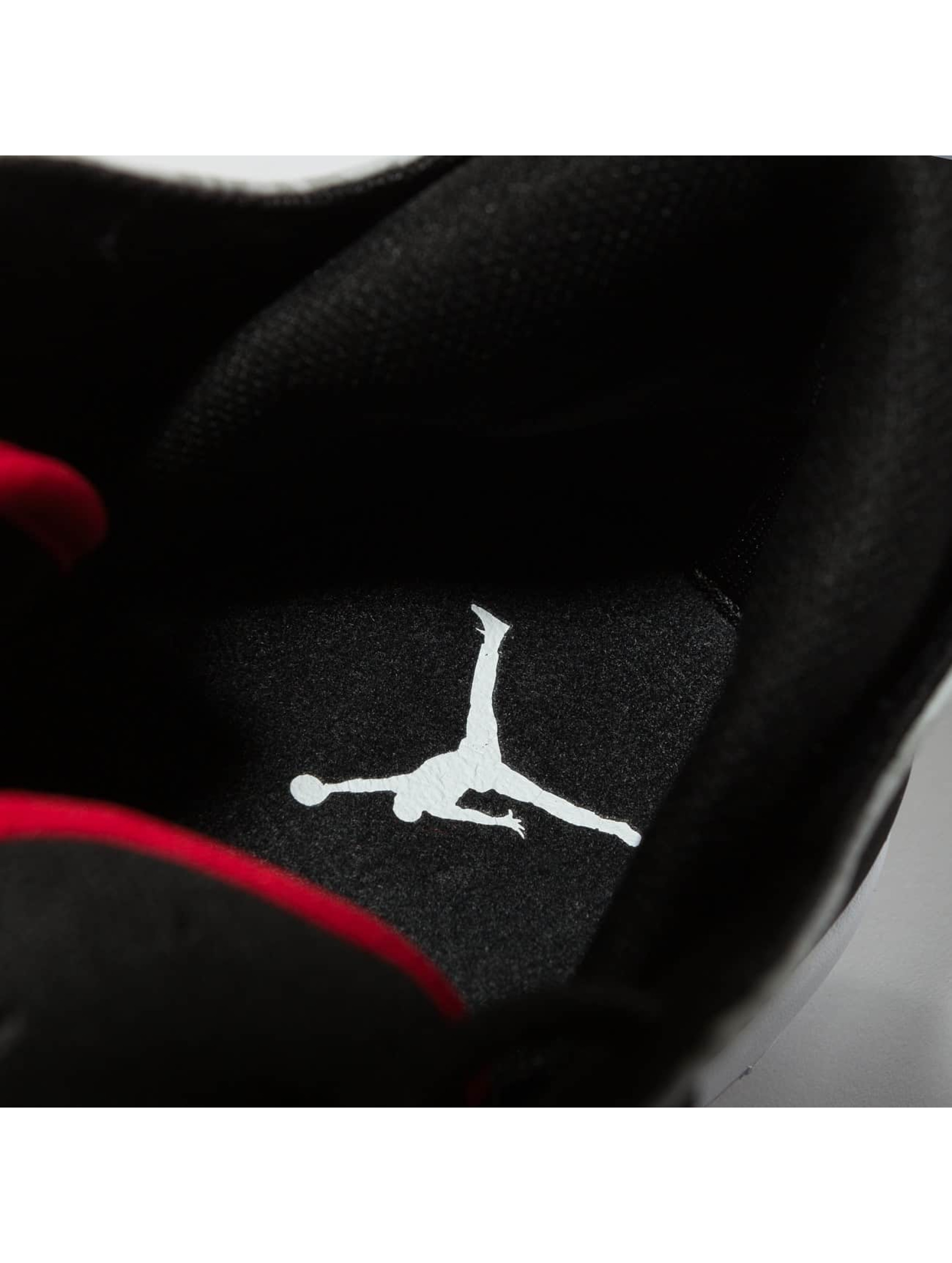 Jordan Baskets First Class noir