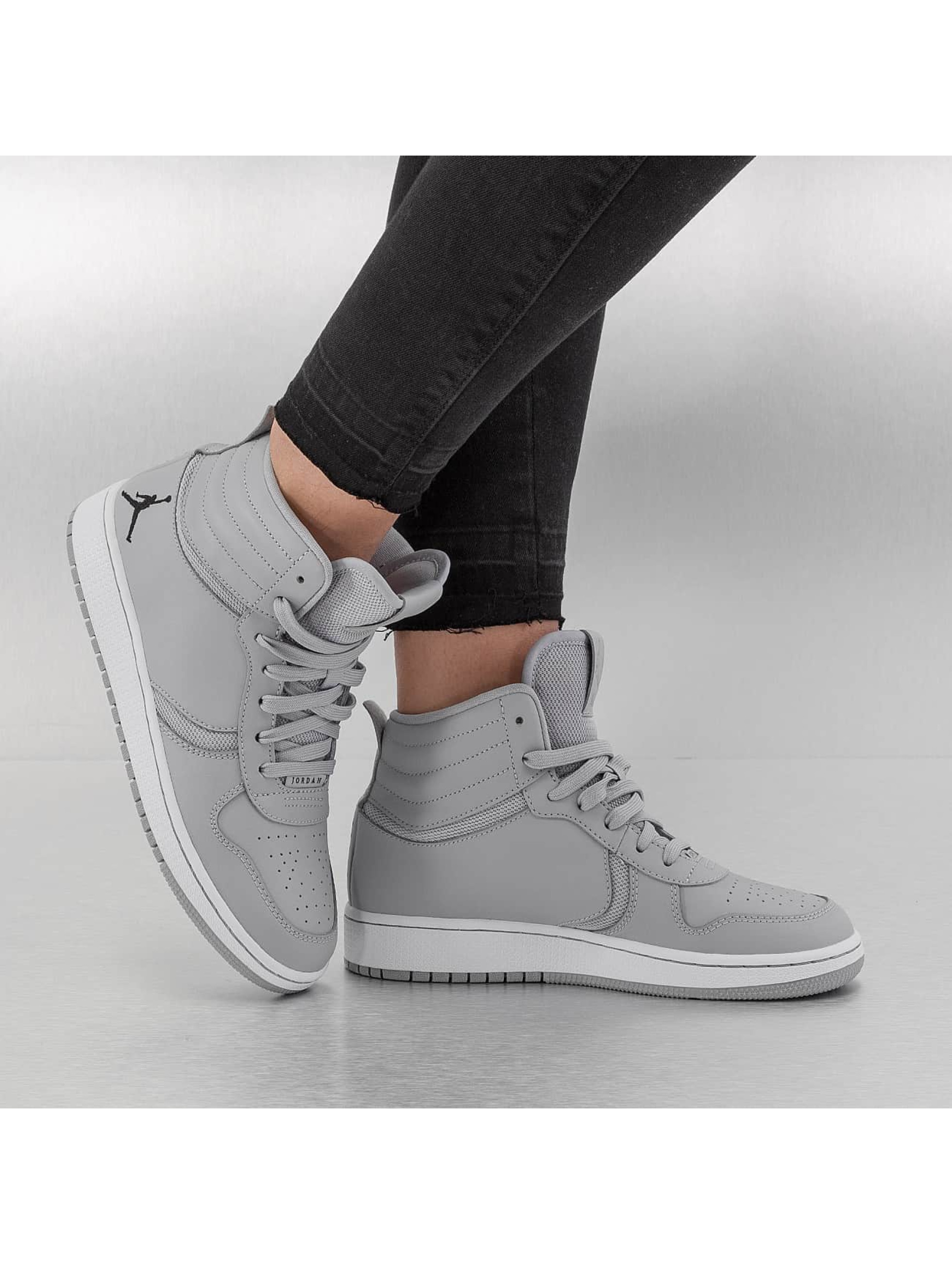Jordan sneaker Heritage BG grijs