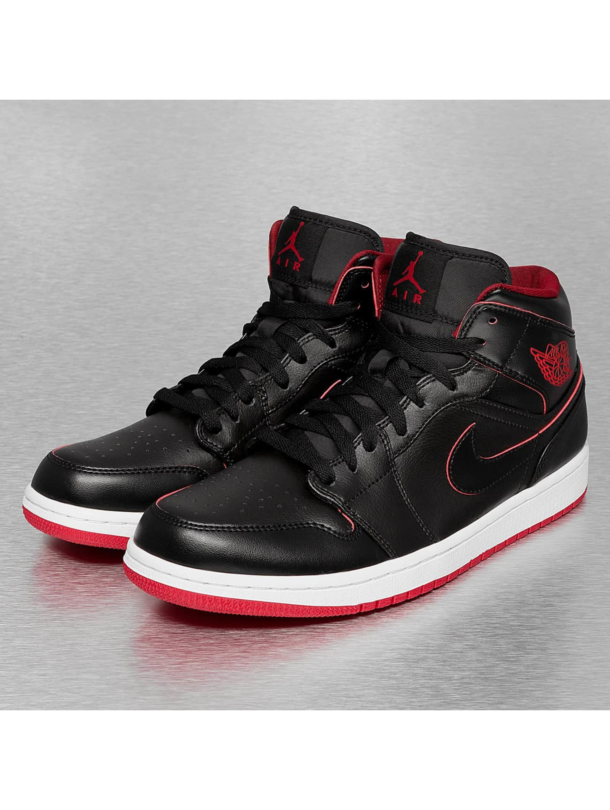 nike jordans rot schwarz. Black Bedroom Furniture Sets. Home Design Ideas