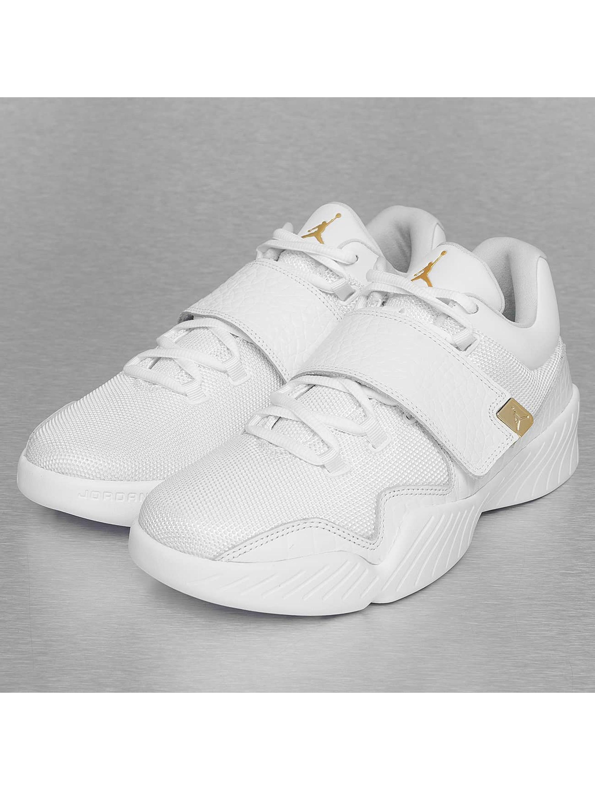 Sneaker J23 in weiß