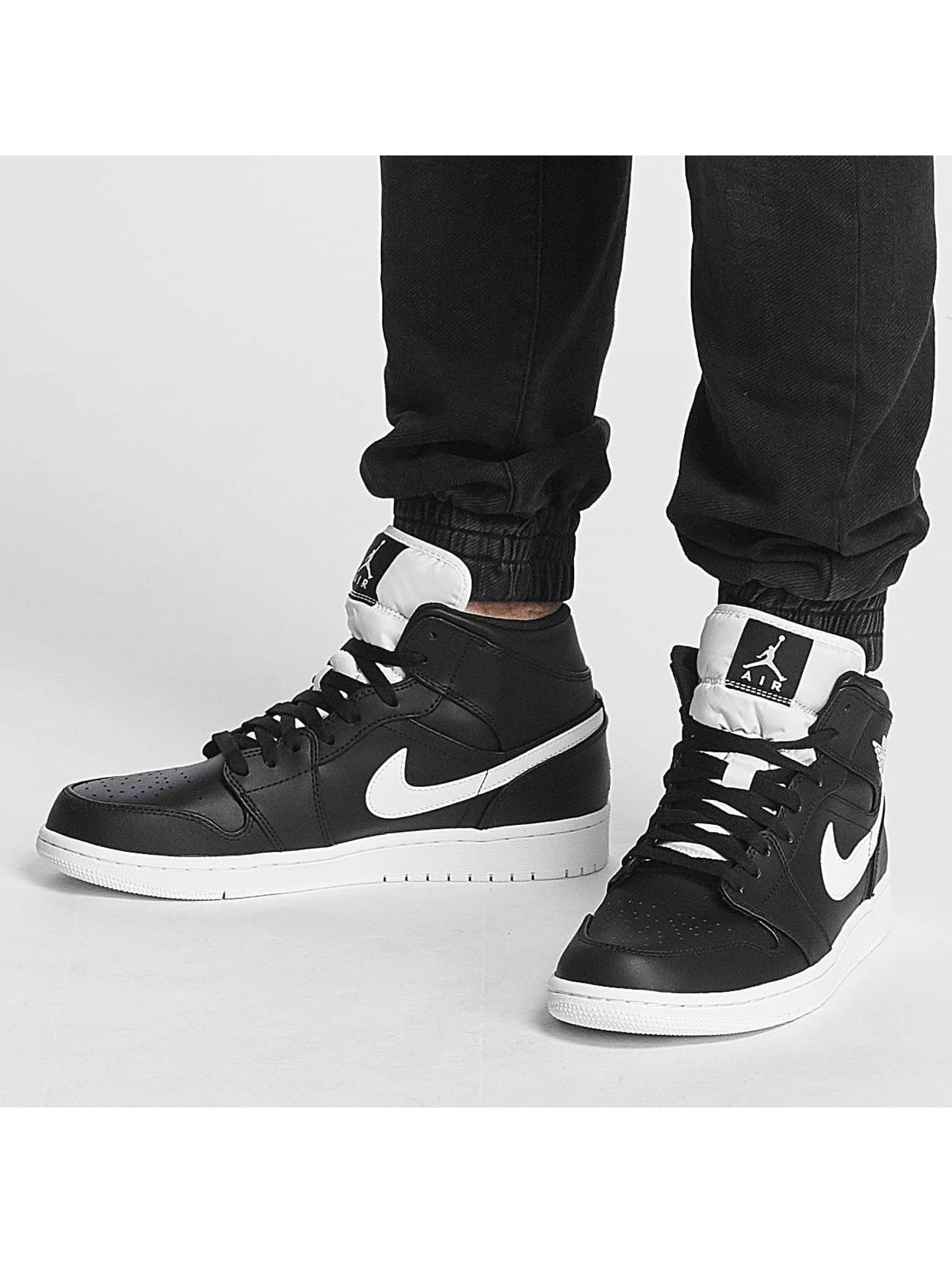 Jordan Sneakers 1 Mid èierna