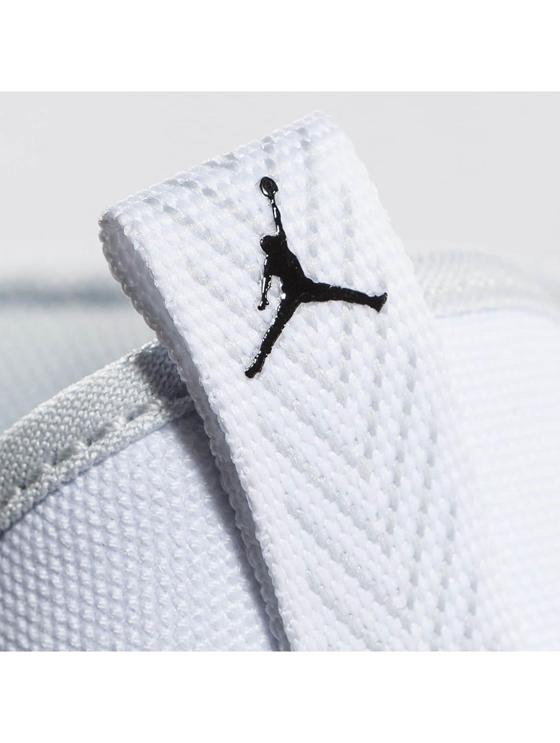 Jordan Sneakers Eclipse Chukka biela
