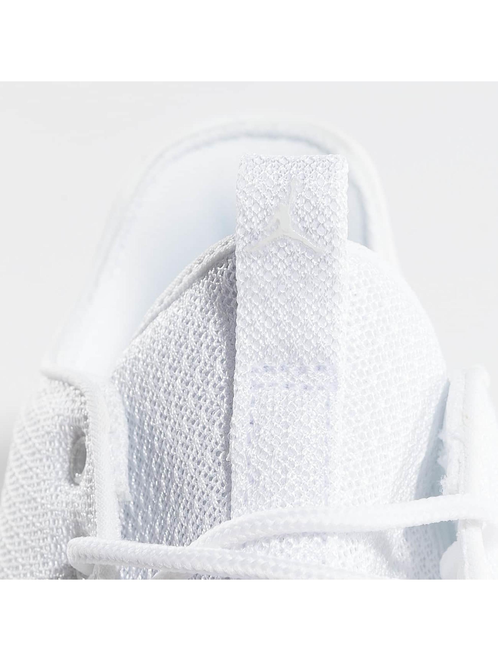 Jordan Sneakers Eclipse biela