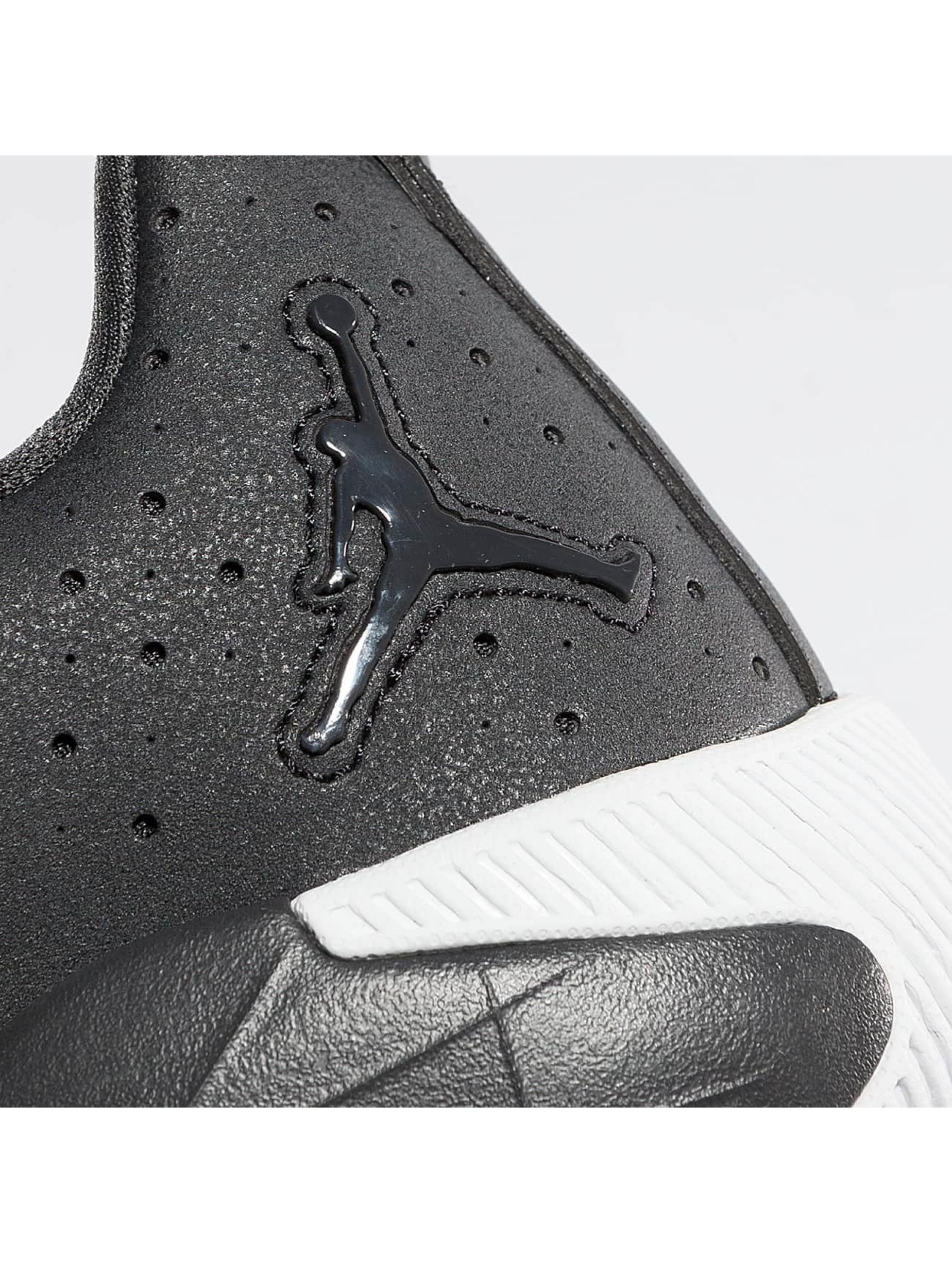 Jordan Sneakers Breakout grey