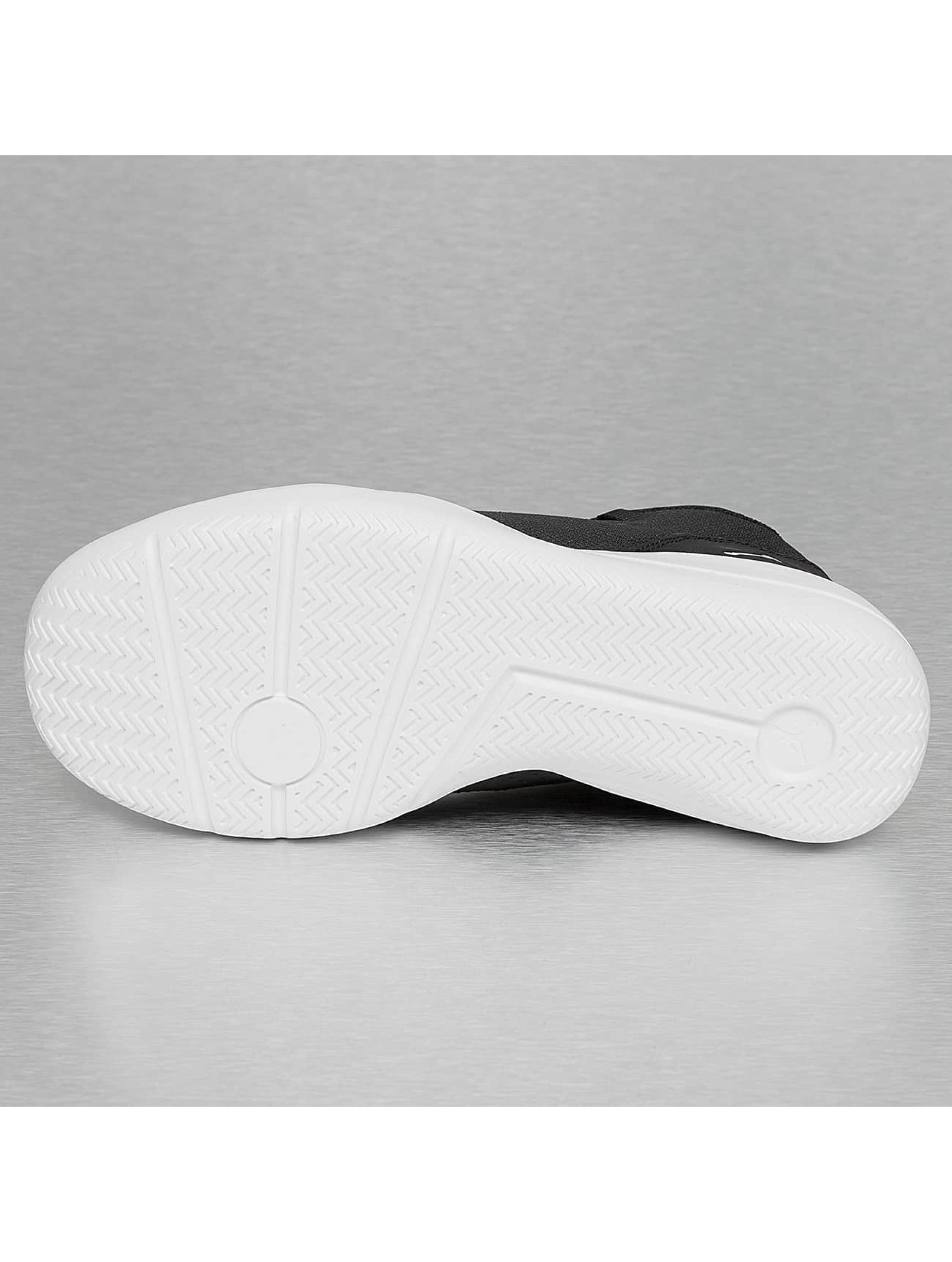 Jordan Sneakers Reveal svart