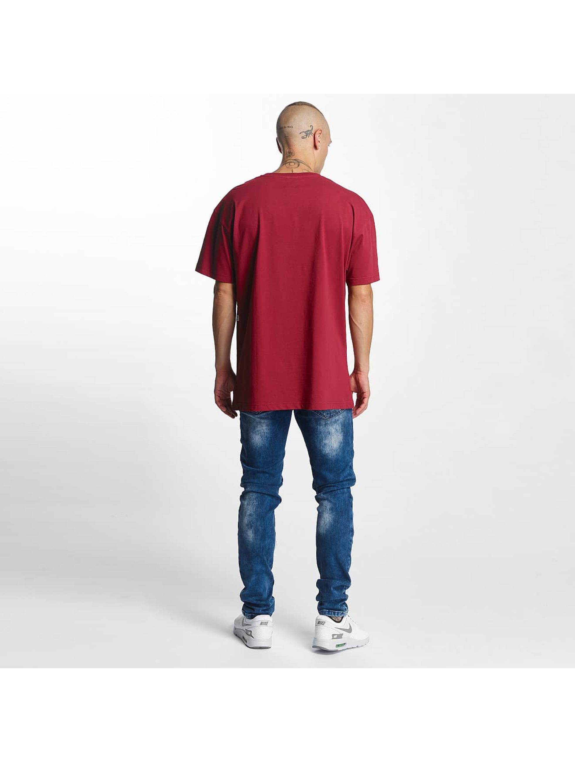 K1X T-paidat Play Hard Basketball punainen