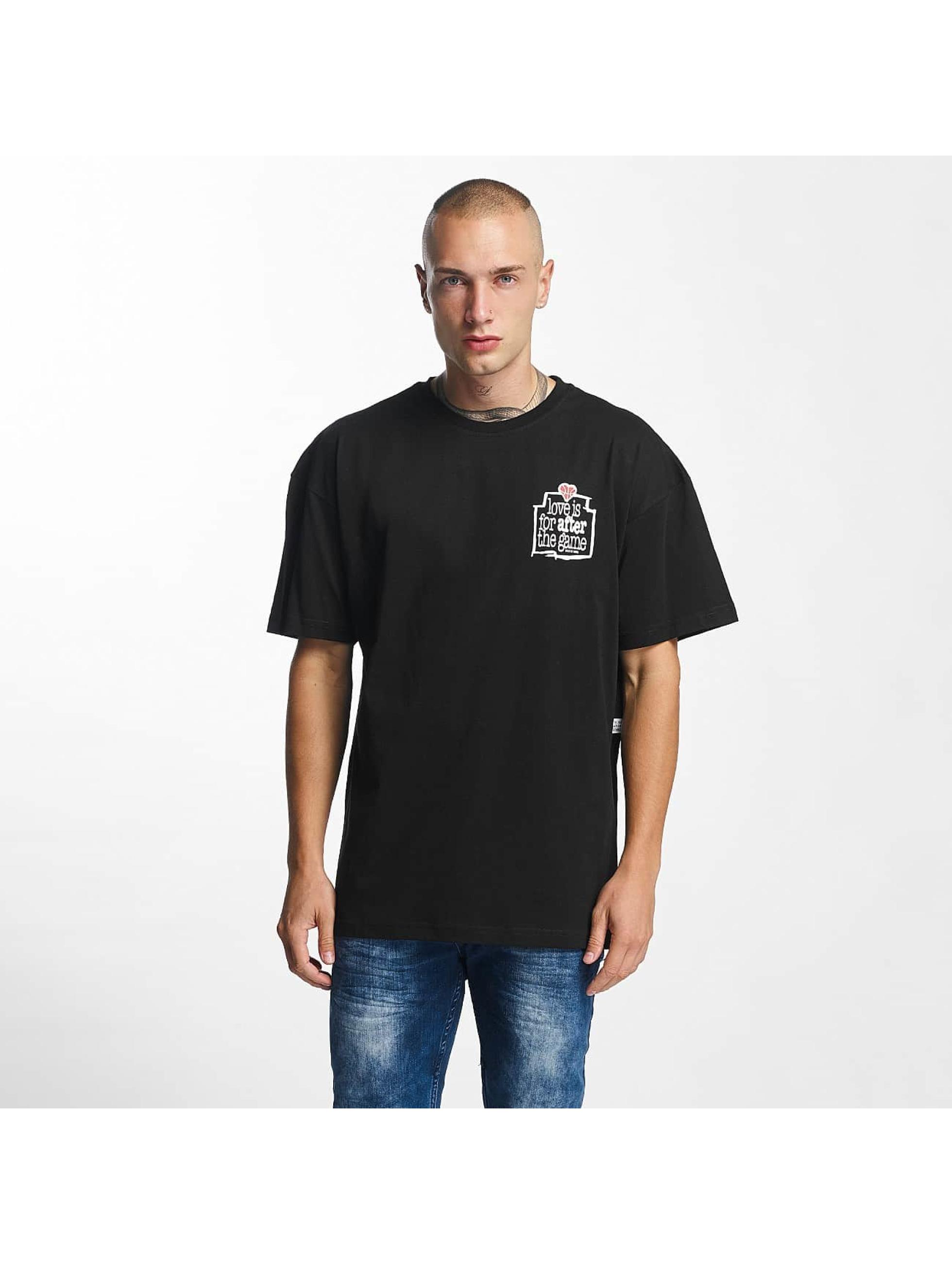 K1X heren t-shirt Love Is For After - zwart