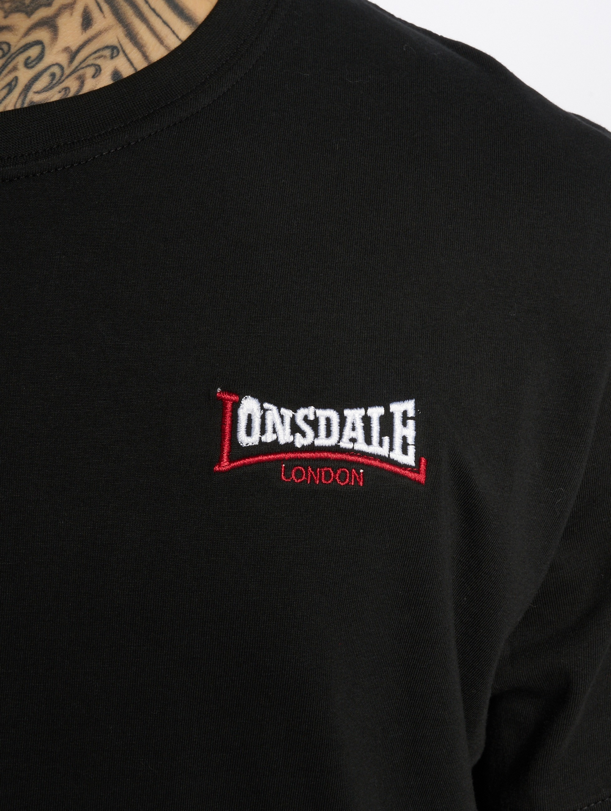 Lonsdale London T-paidat Teeton musta