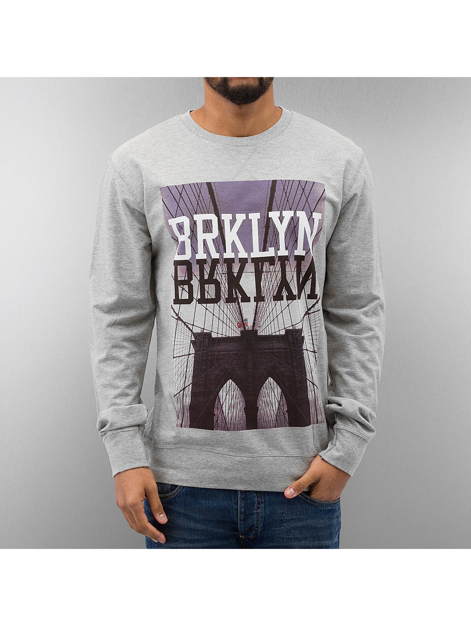 Mister Tee Пуловер BRKLYN серый