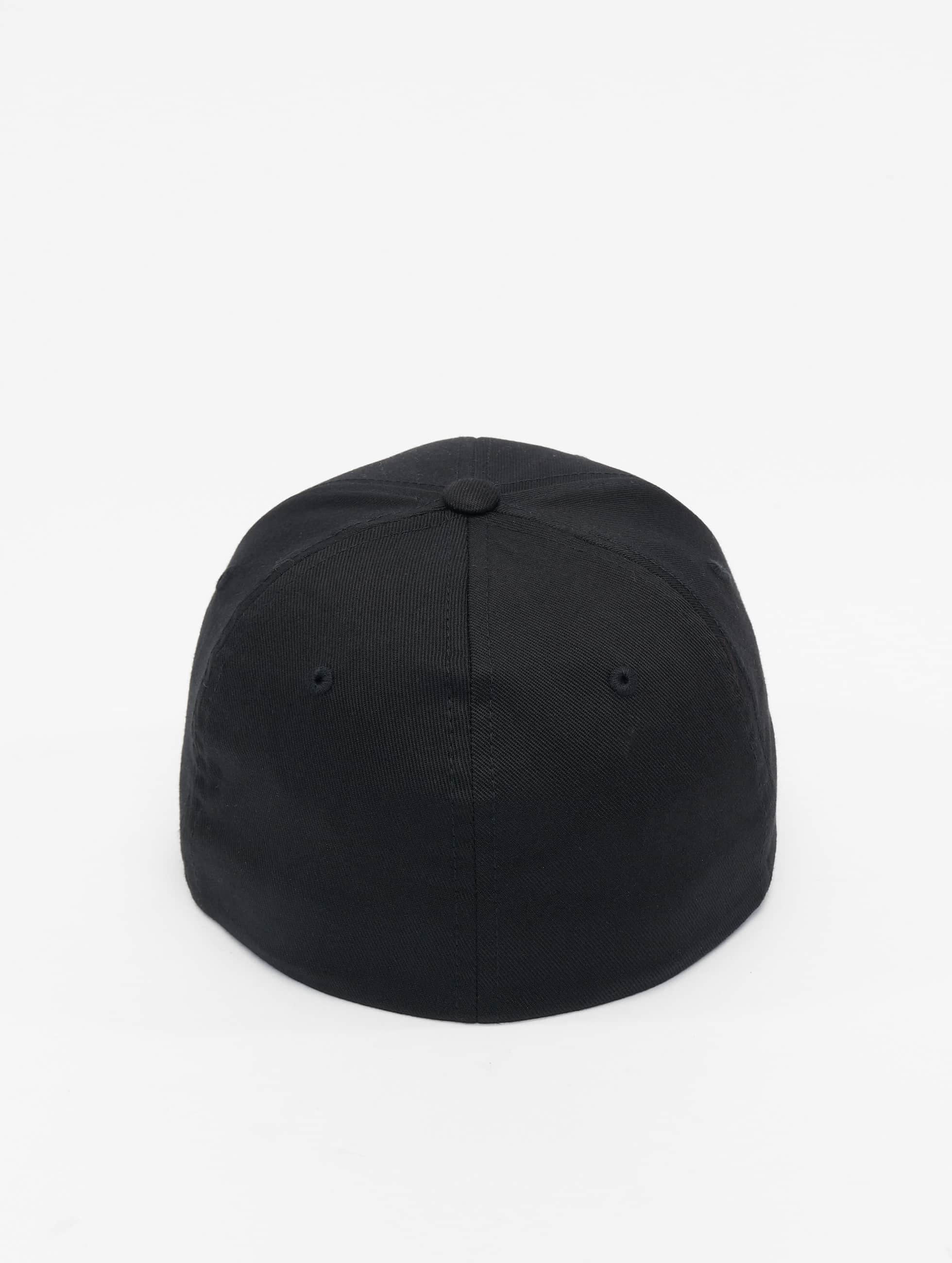 Mister Tee Flexfitted Cap NASA čern