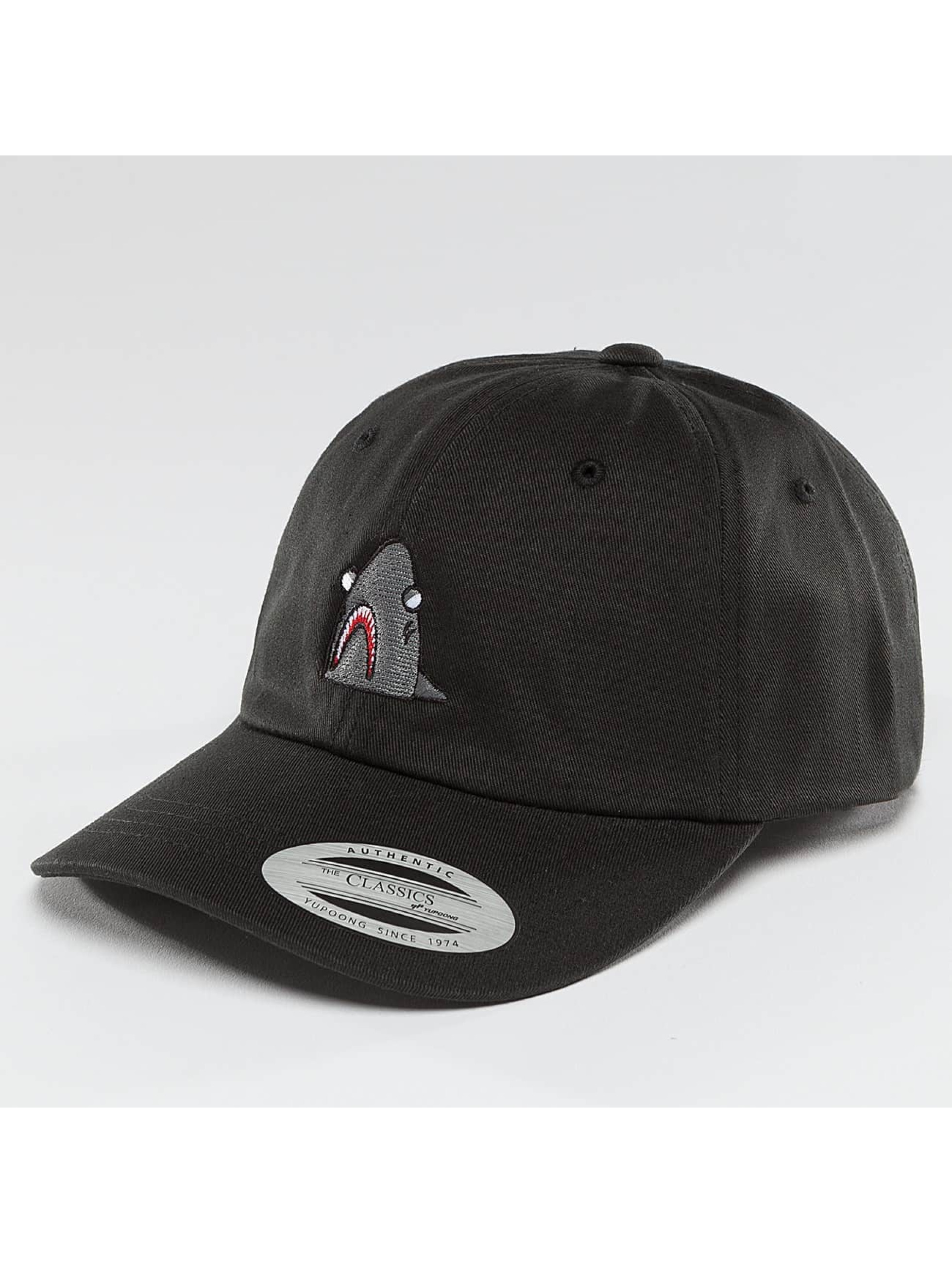 Mister Tee Snapback Cap Shark Dad black