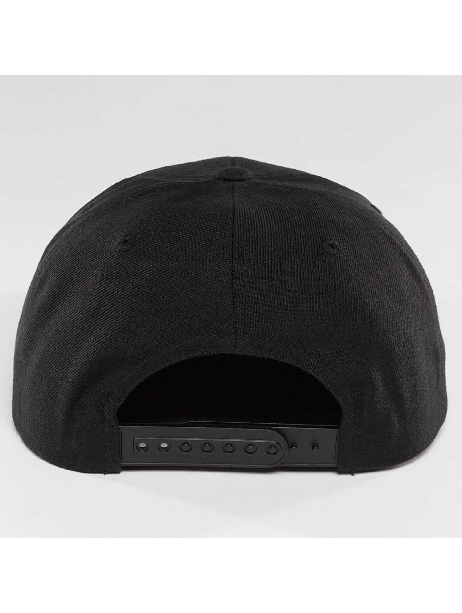 Mister Tee snapback cap NASA zwart