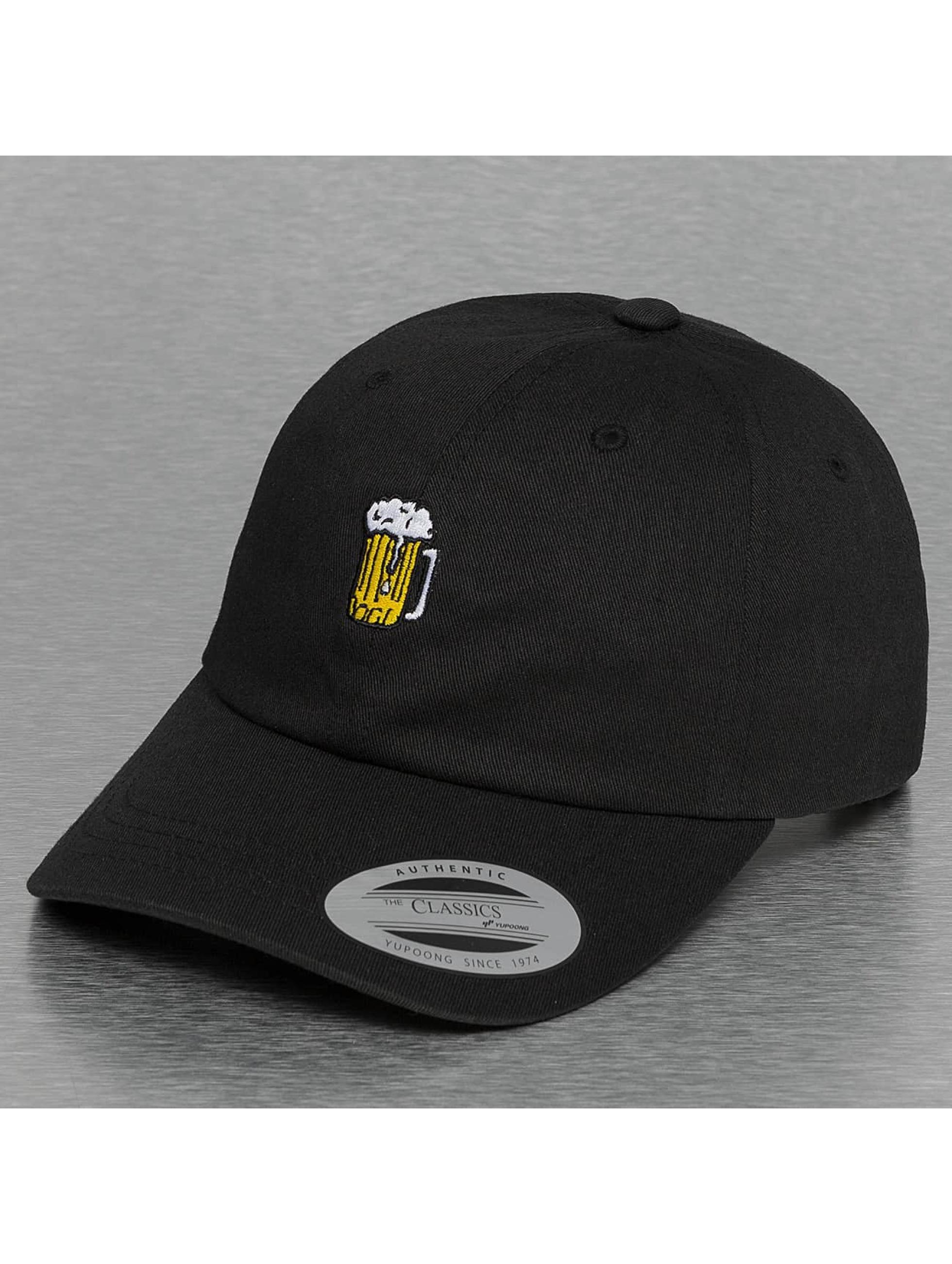 Mister Tee Snapback Caps Beer musta