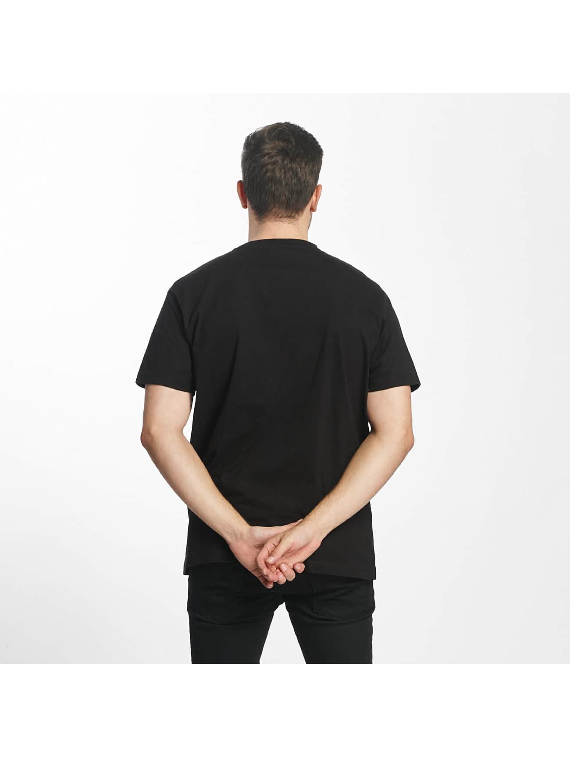 Mister Tee T-paidat Fake Love musta
