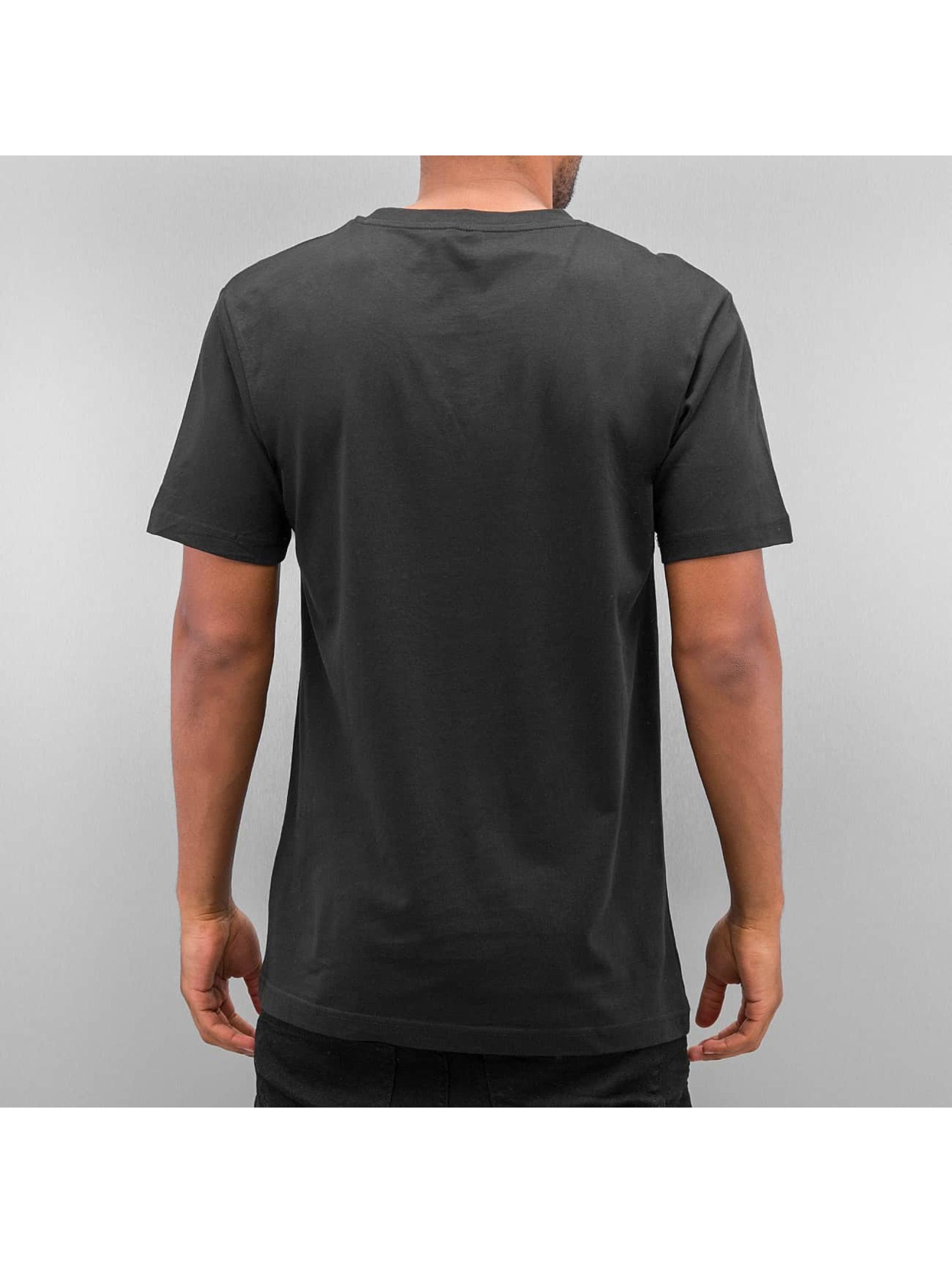 Mister Tee T-Shirt AMK schwarz