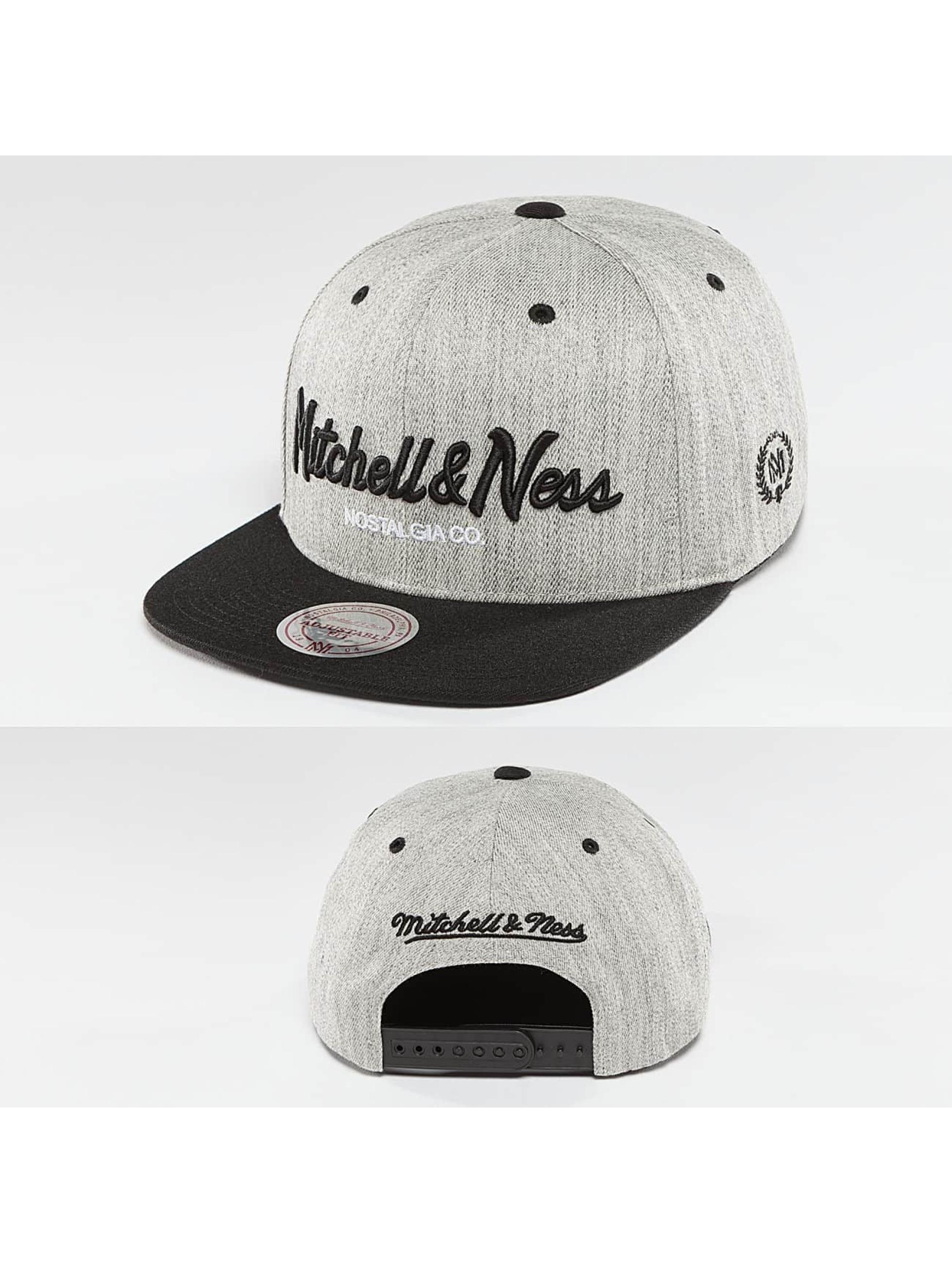 Mitchell & Ness Кепка с застёжкой 3-Tone Logo серый