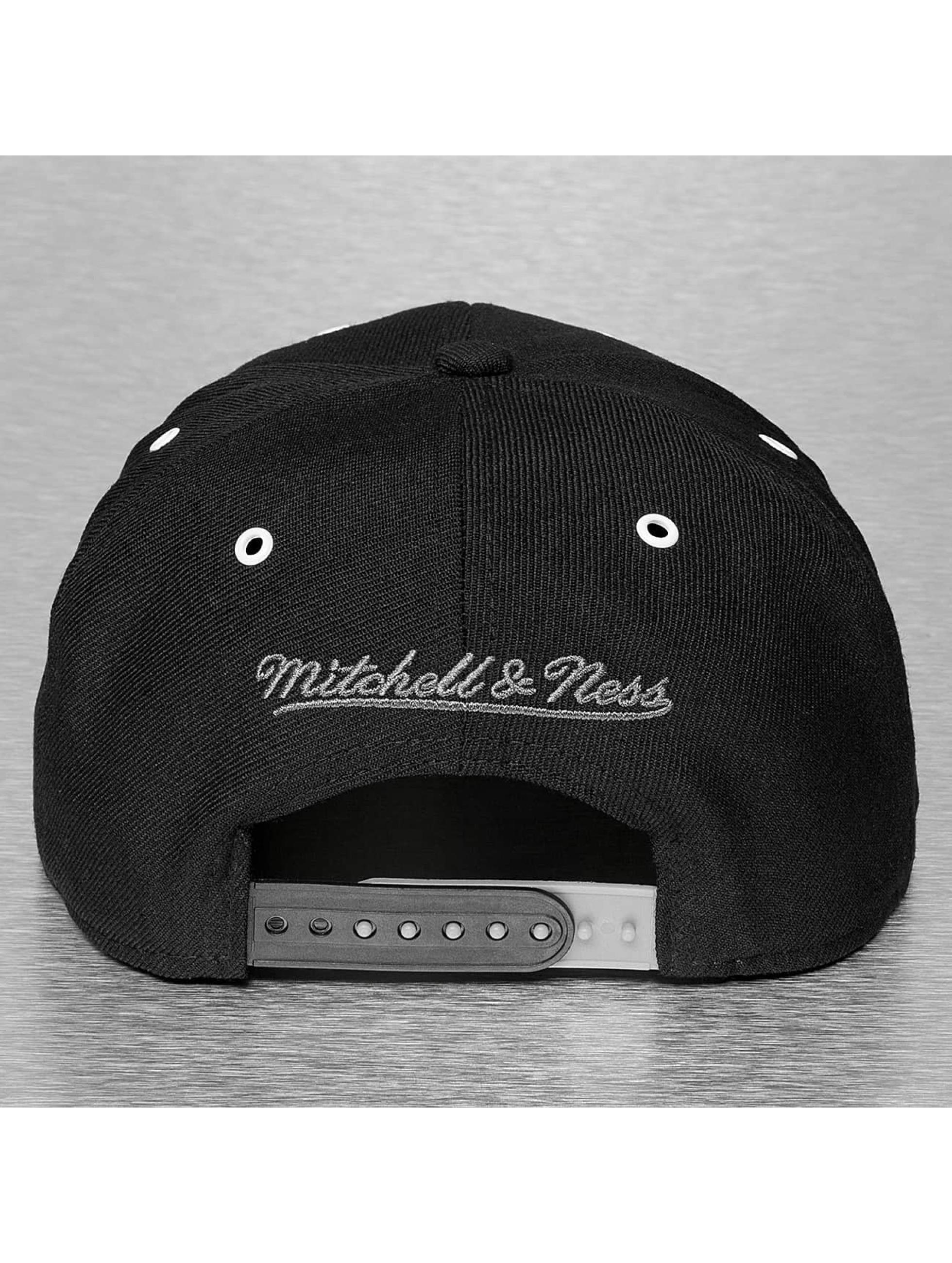 Mitchell & Ness Кепка с застёжкой BGW LA Kings черный