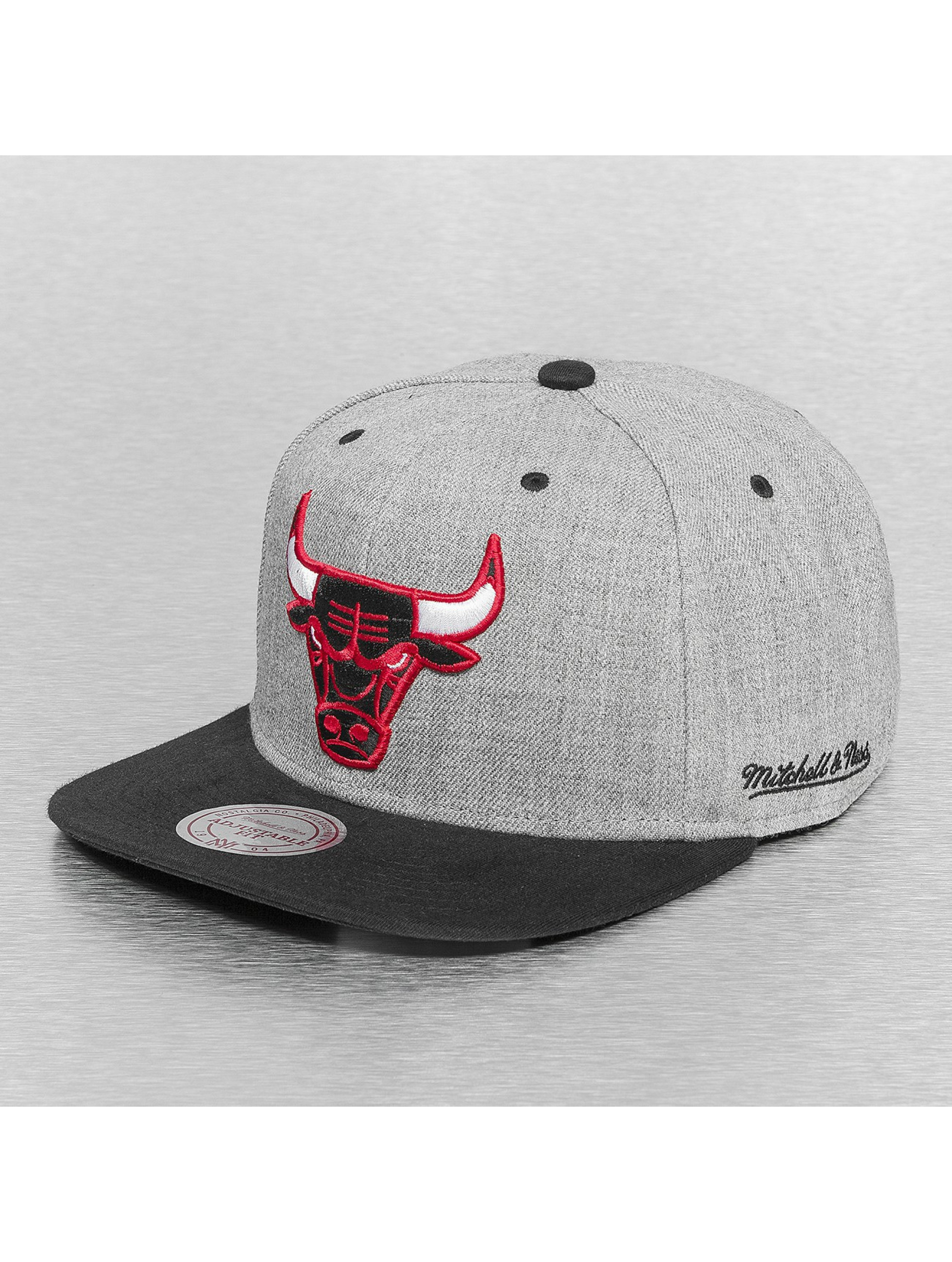 Mitchell & Ness Casquette Snapback & Strapback Back Board Chicago Bulls gris