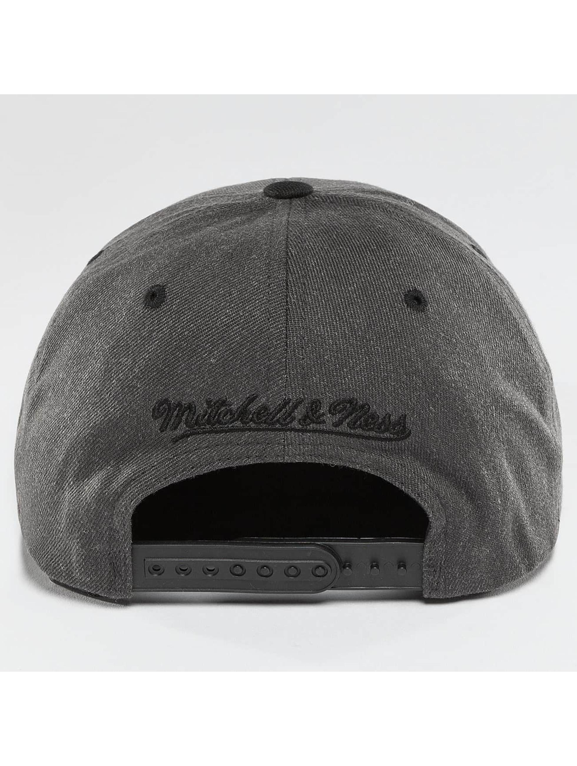 Mitchell & Ness Casquette Snapback & Strapback 2-Tone gris
