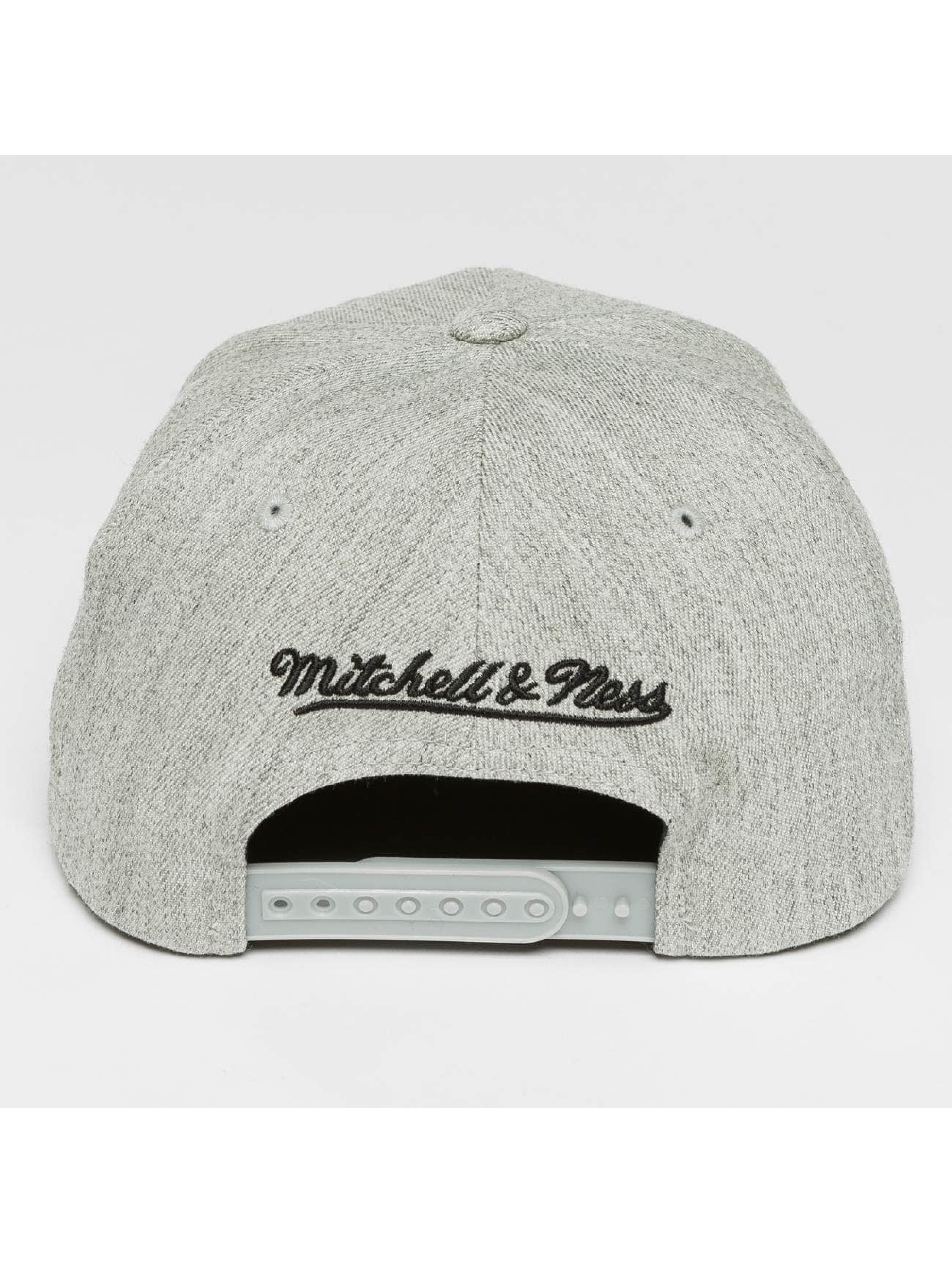 Mitchell & Ness Casquette Snapback & Strapback Blank Flat Peak 110 gris