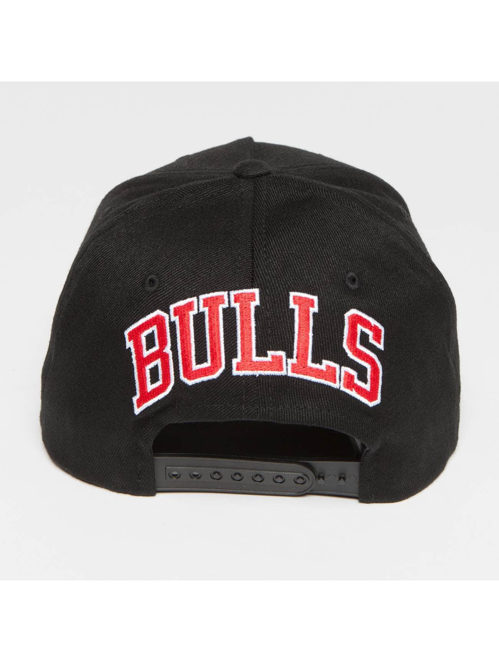 Mitchell & Ness Casquette Snapback & Strapback NBA Eazy 110 Curved Chicago Bulls noir