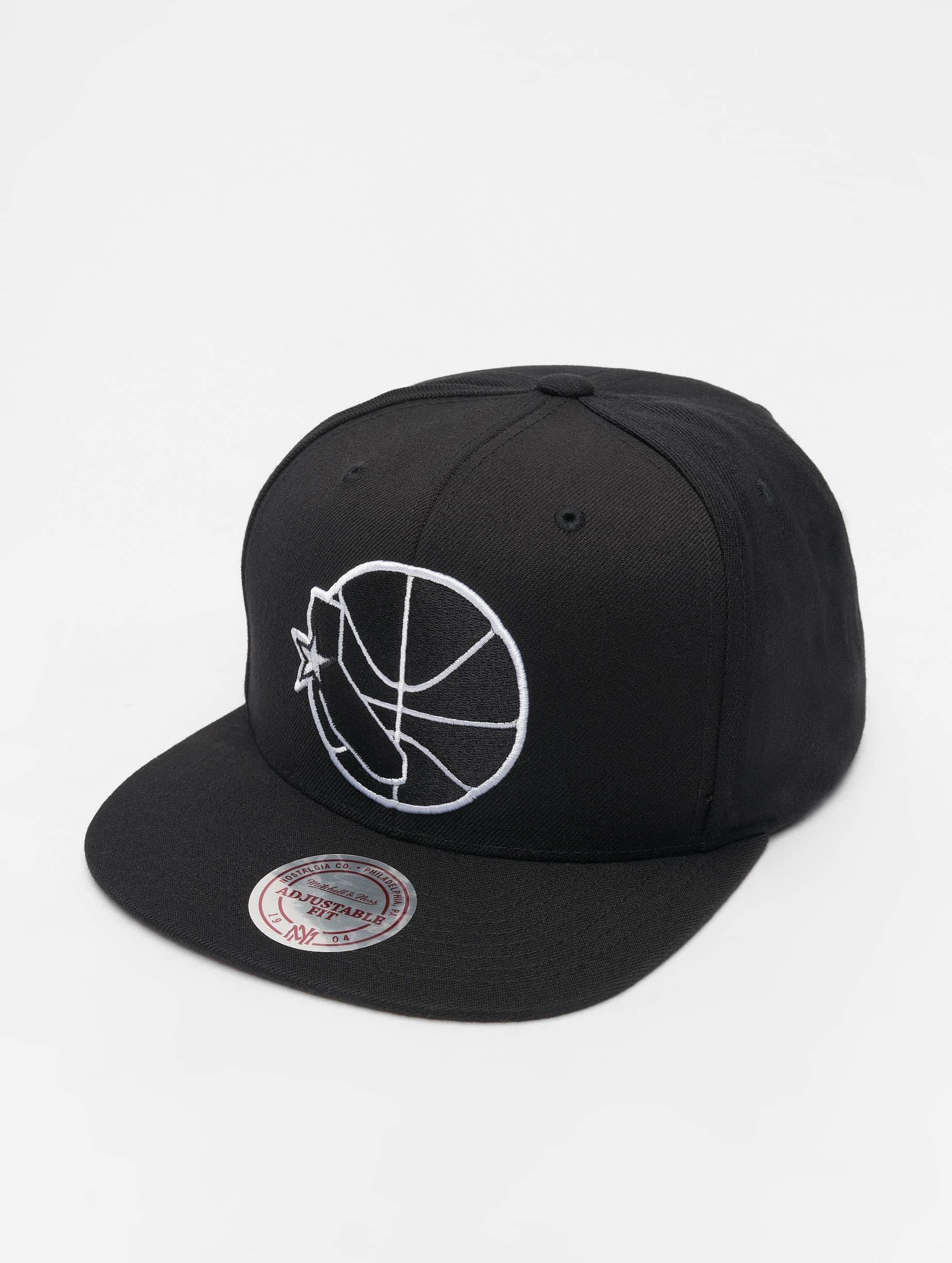 sports shoes 94839 3df50 Mitchell   Ness   NBA Golden State Warriors Wool Solid noir Casquette  Snapback   Strapback 660083