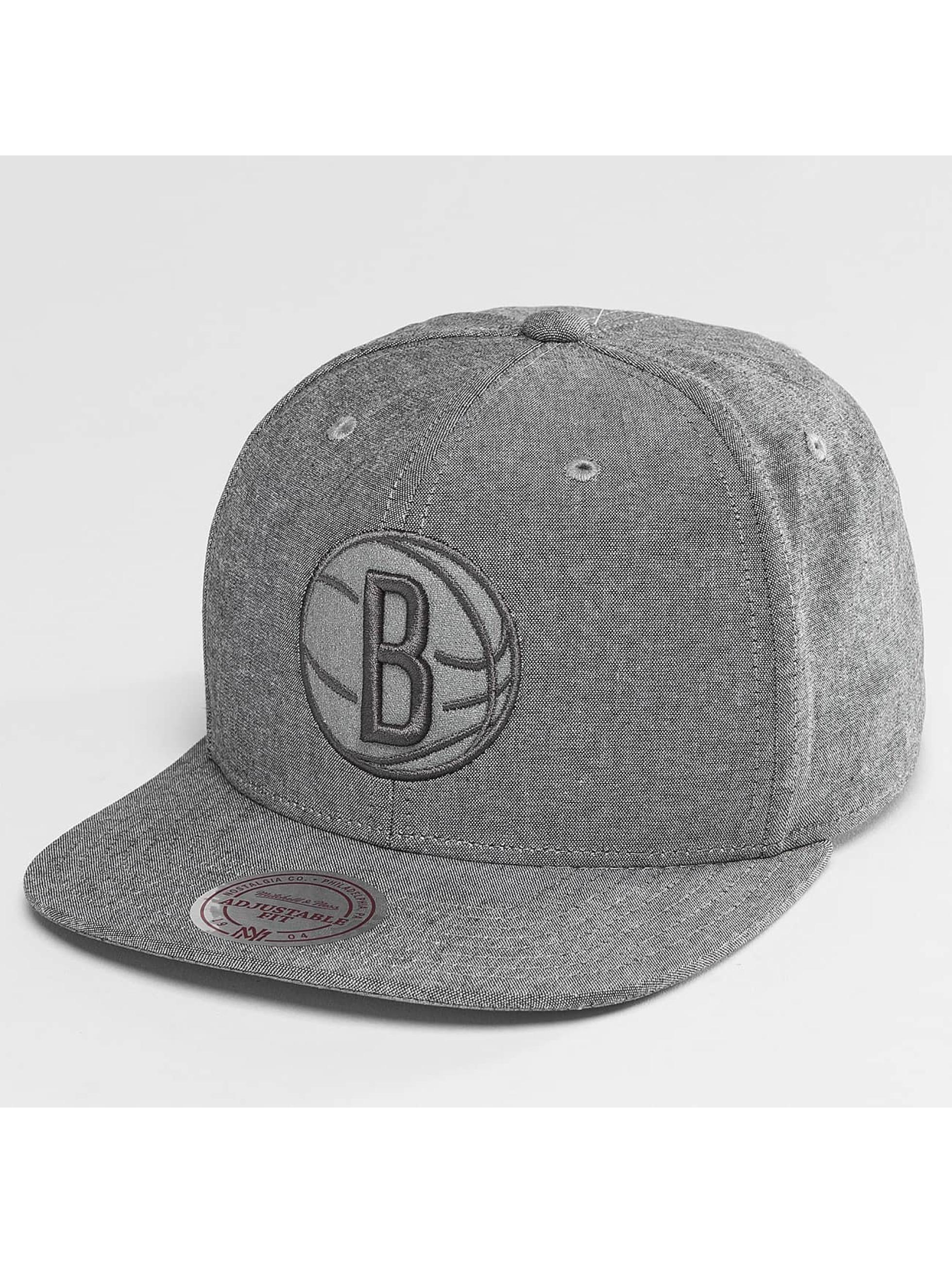 Mitchell & Ness Snapback NBA Italian Washed Brooklyn Nets šedá