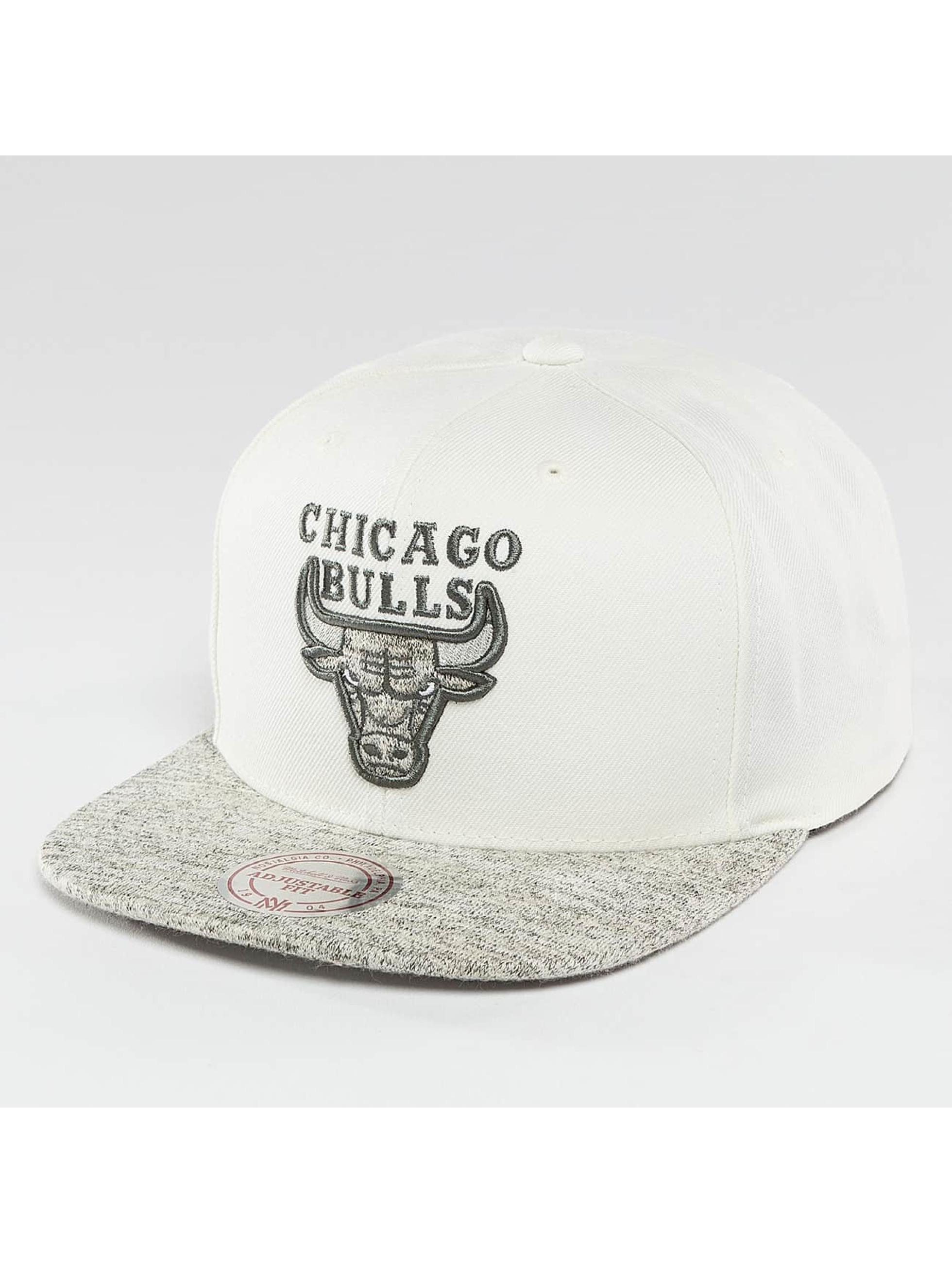 Mitchell & Ness Snapback Solid Crown Space Knit Visor Chicago Bulls béžová