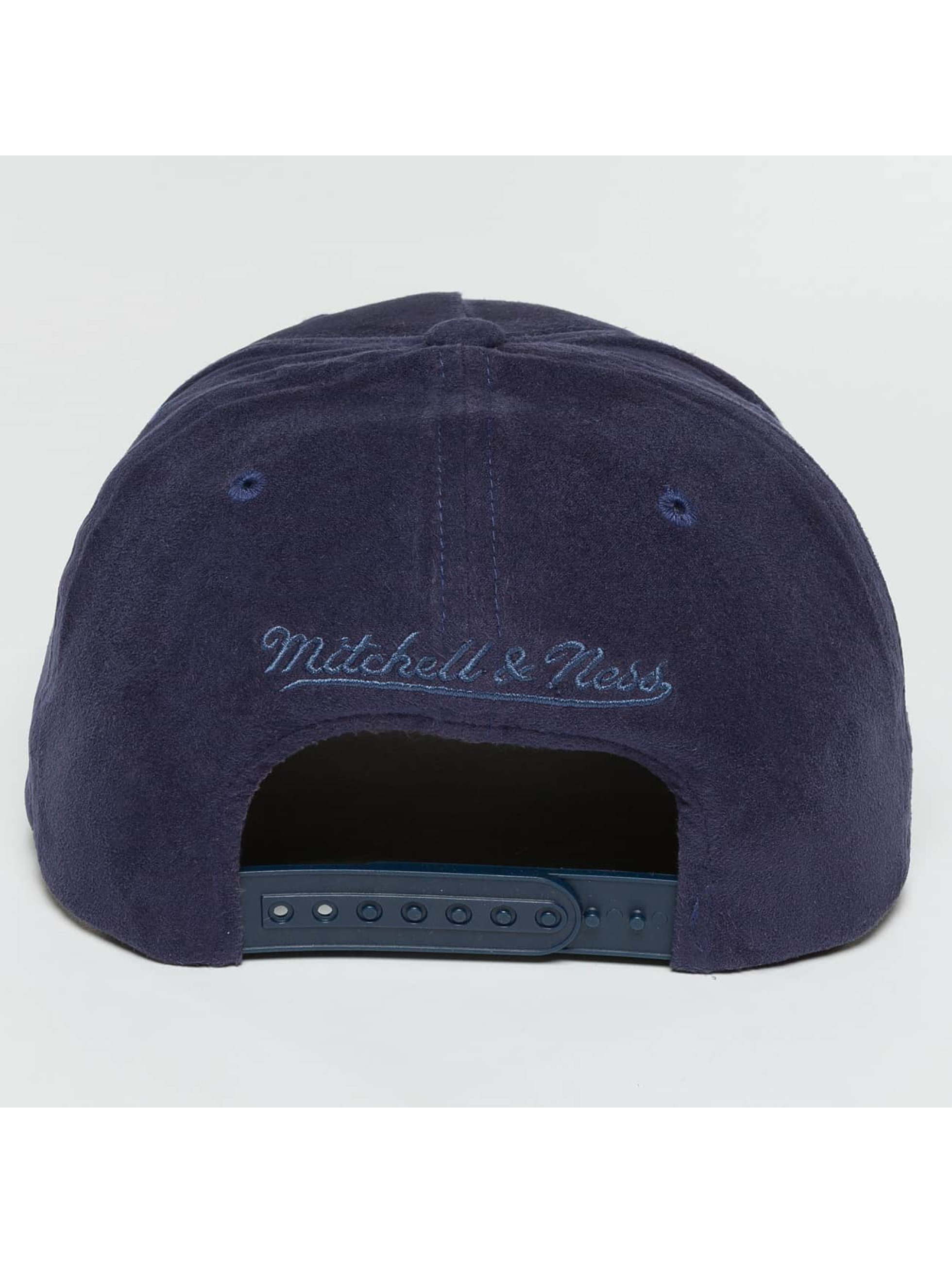 Mitchell & Ness Snapback Cap 110 Curved HWC Golden State Warriors Suede blu
