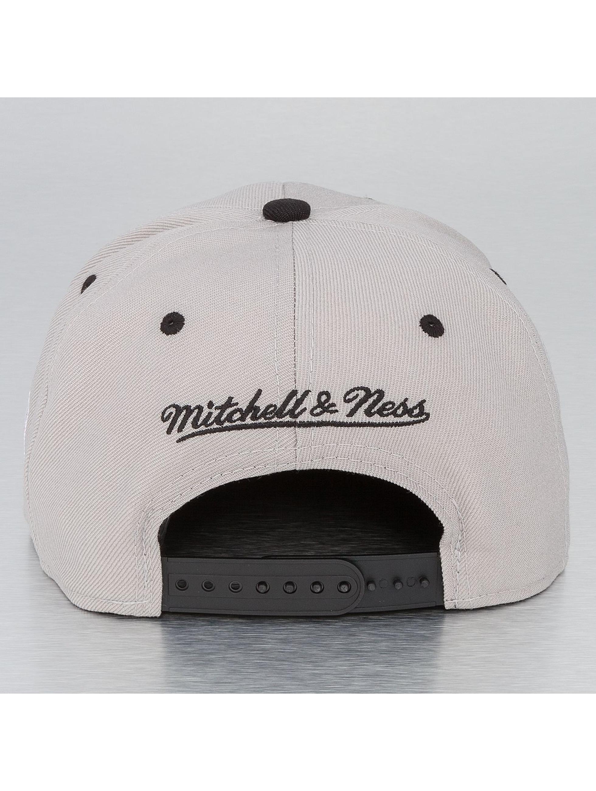 Mitchell & Ness Snapback Cap NBA Chicago Bulls grau