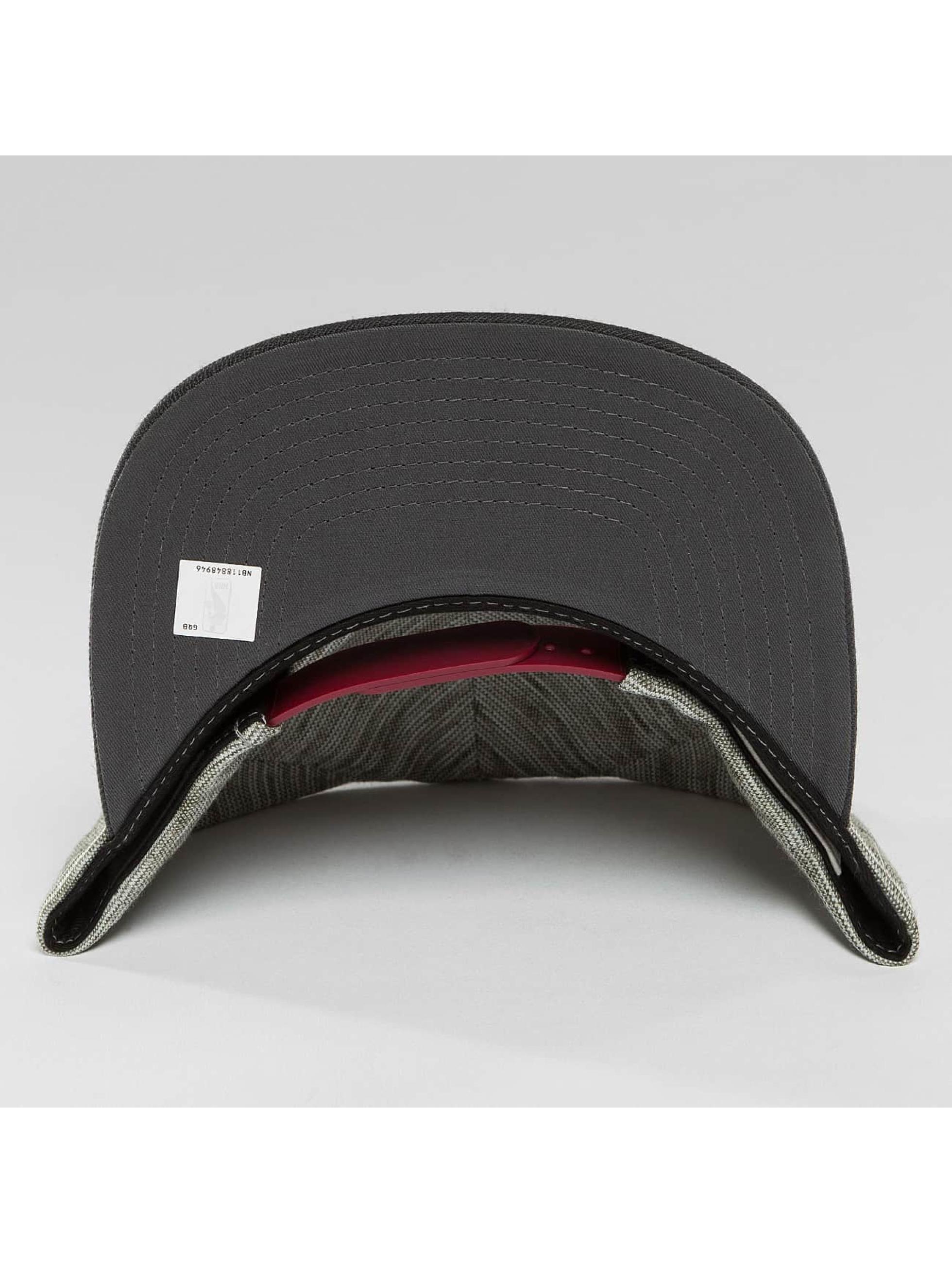 Mitchell & Ness Snapback Cap NBA Brushed Melange Cleveland Cavaliers gray