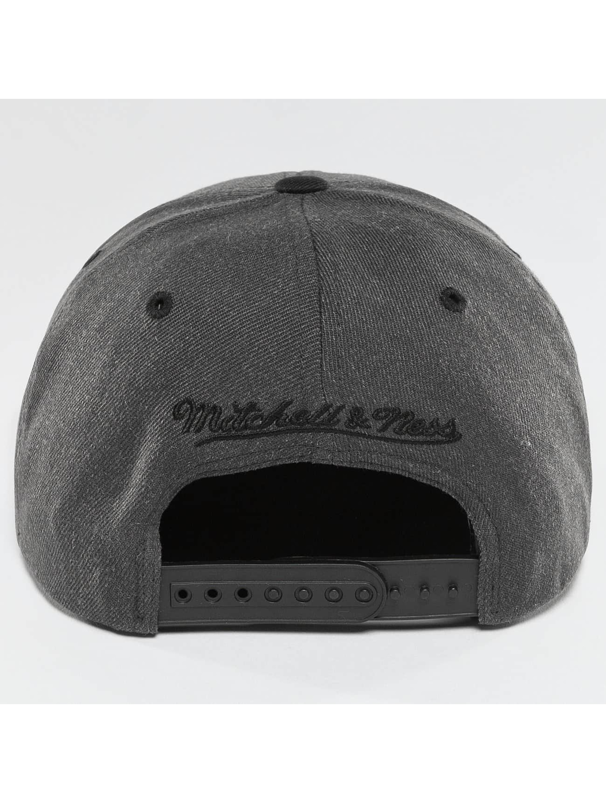 Mitchell & Ness Snapback Cap NBA 2-Tone Cleveland Cavaliers grey