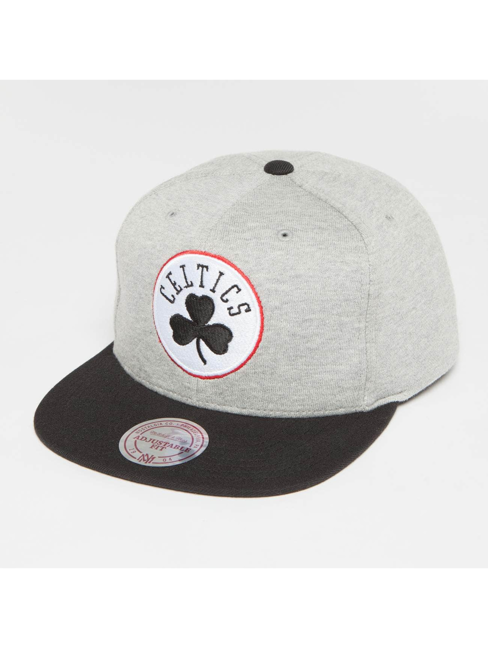 Mitchell & Ness Snapback Cap The 3-Tone NBA Bosten Celtics grey